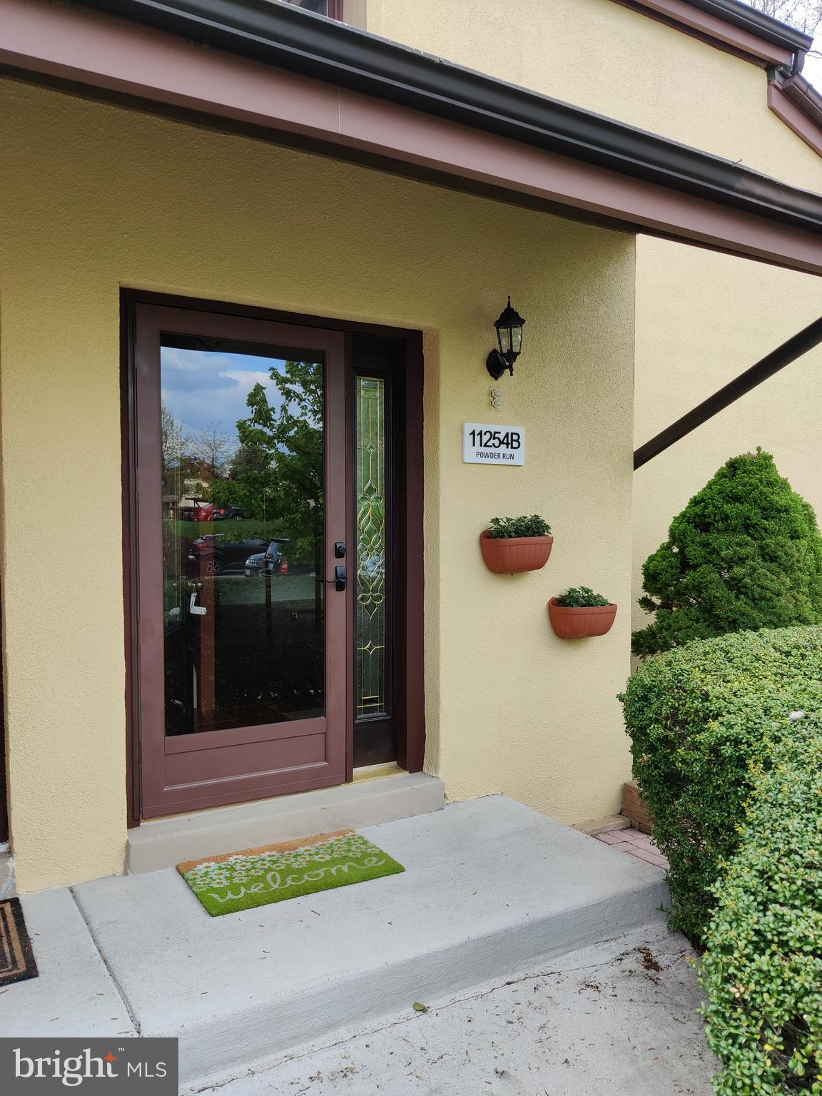 Beautifully appointed 2 bed, 1.5 bath contemporary duplex townhome. Many nice features including hea
