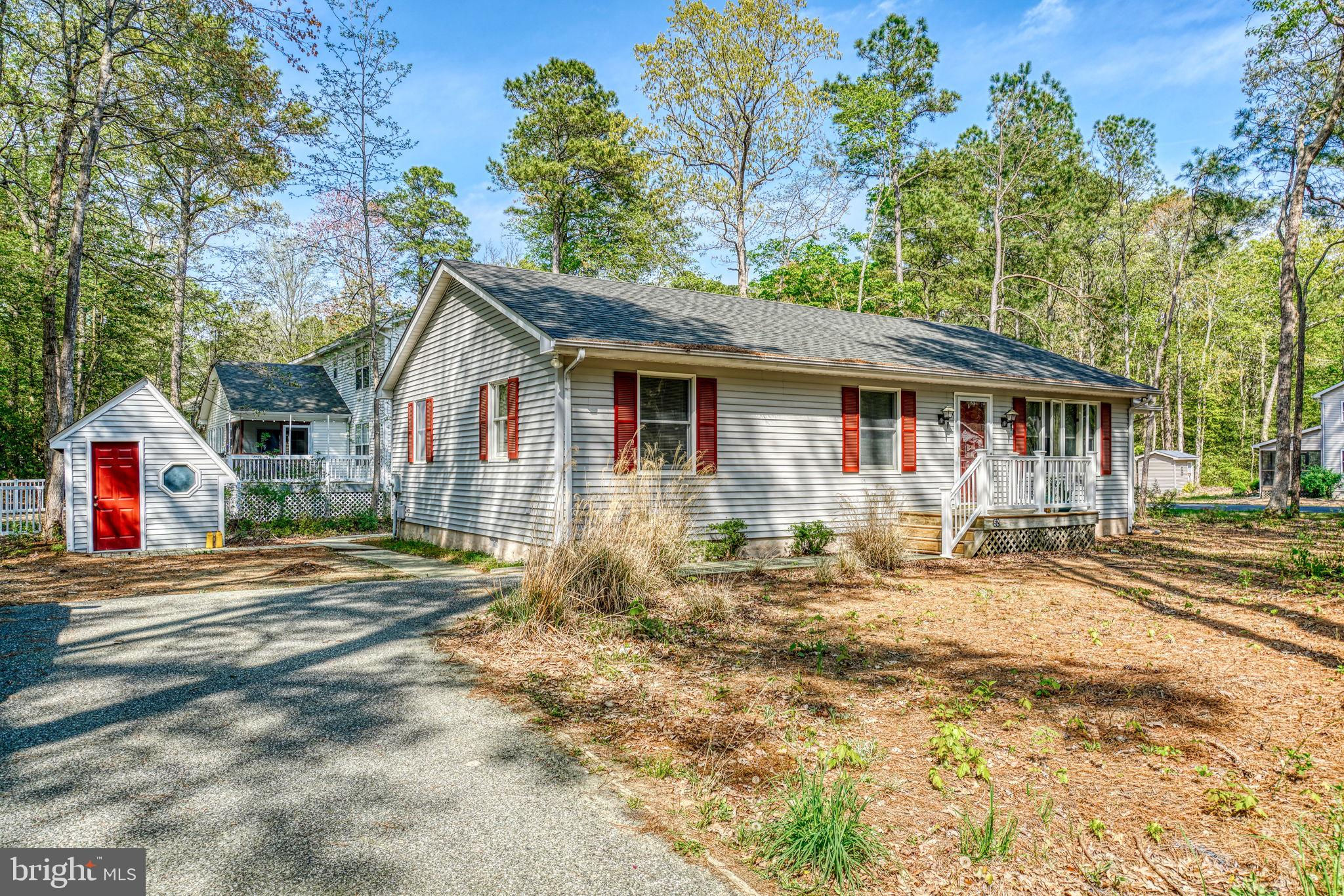 Great home on a corner lot with new roof, washer/dryer, and crawlspace encapsulation. Perfect home f