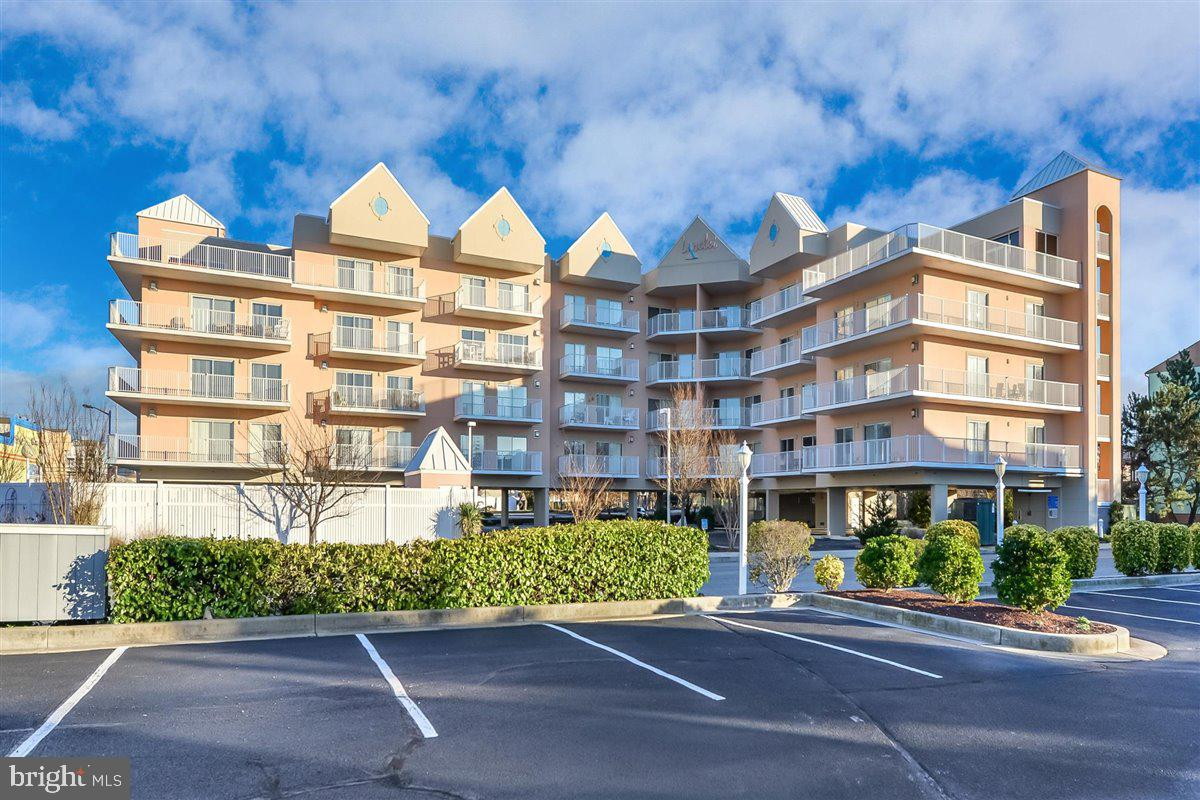 This is the condo you've been waiting for! Step inside to find a spacious open floor plan ideal for