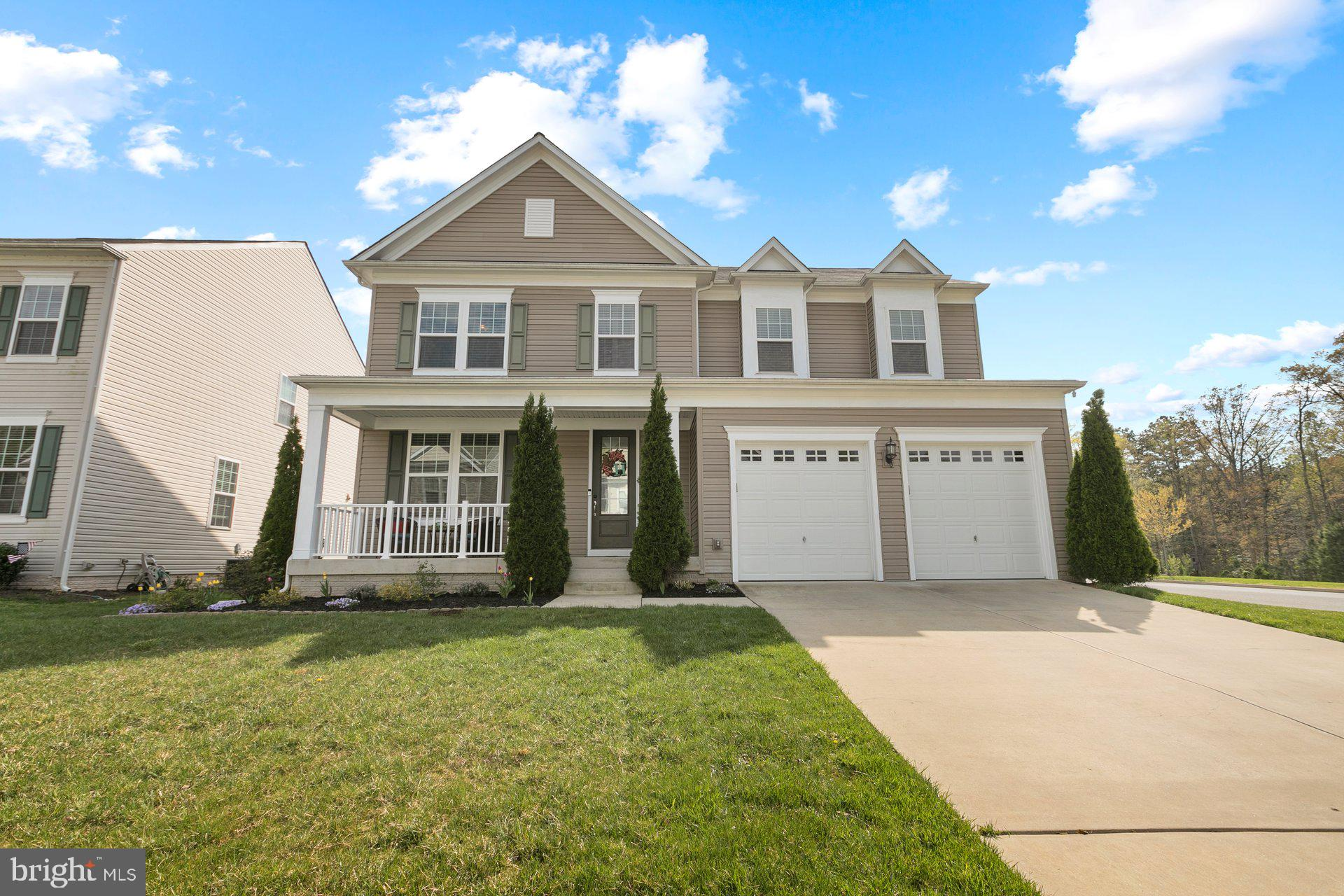 Beautiful 6 bedroom, 3.5 bath colonial located in Wildewood.  The open concept floor plan includes a