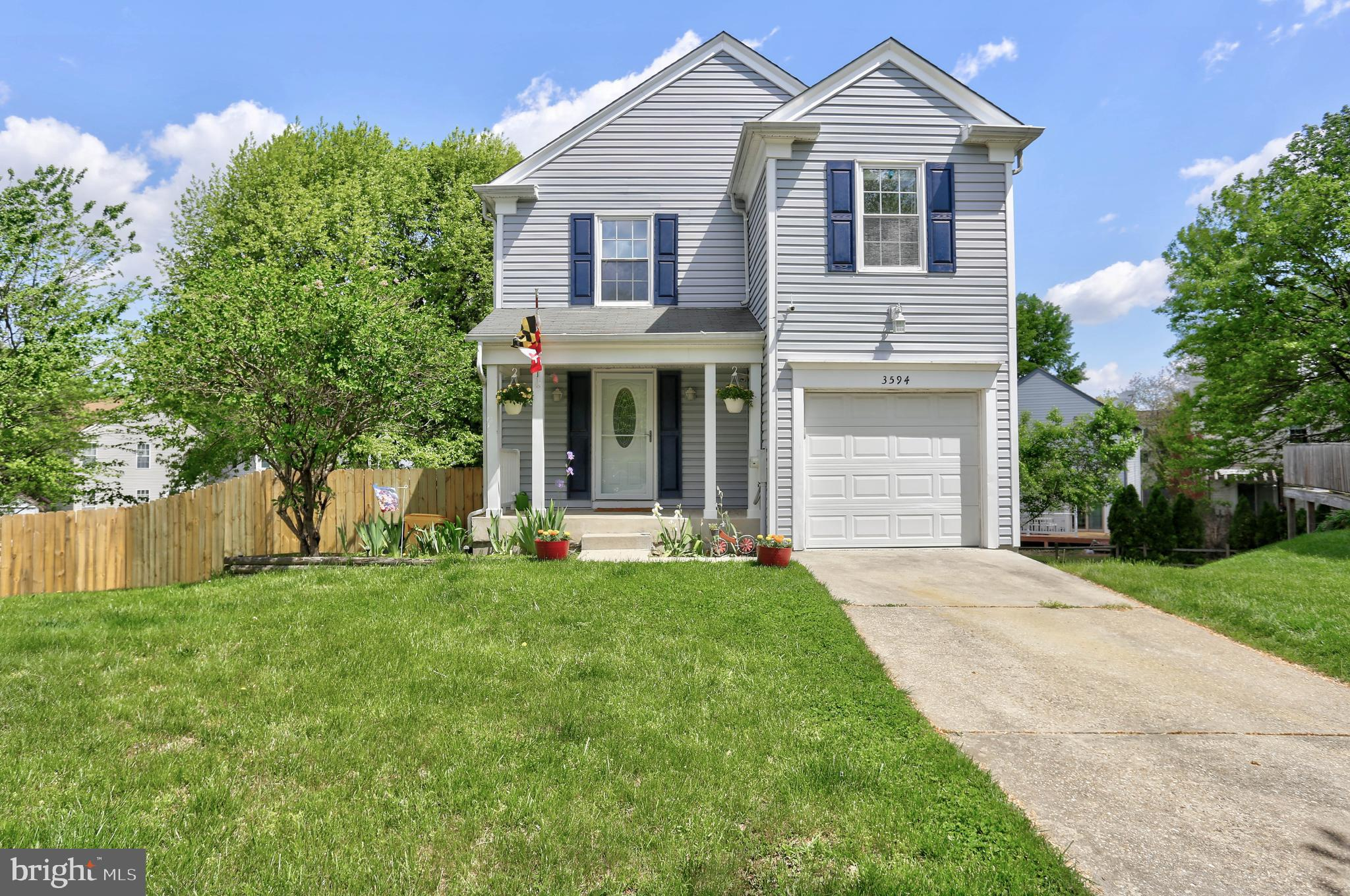 ***MUST SEE*** Stunning completely updated light and bright colonial in Chesterfield with attached g
