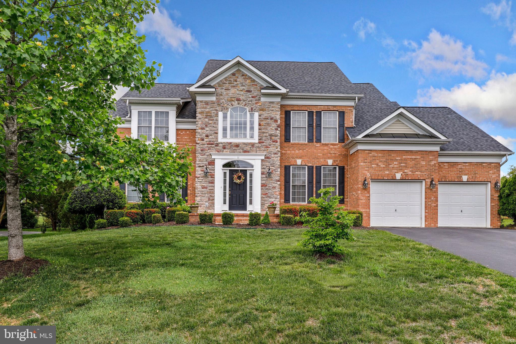 Stunning Colonial in sought after Augustine North!   This home is beautifully set on almost half an