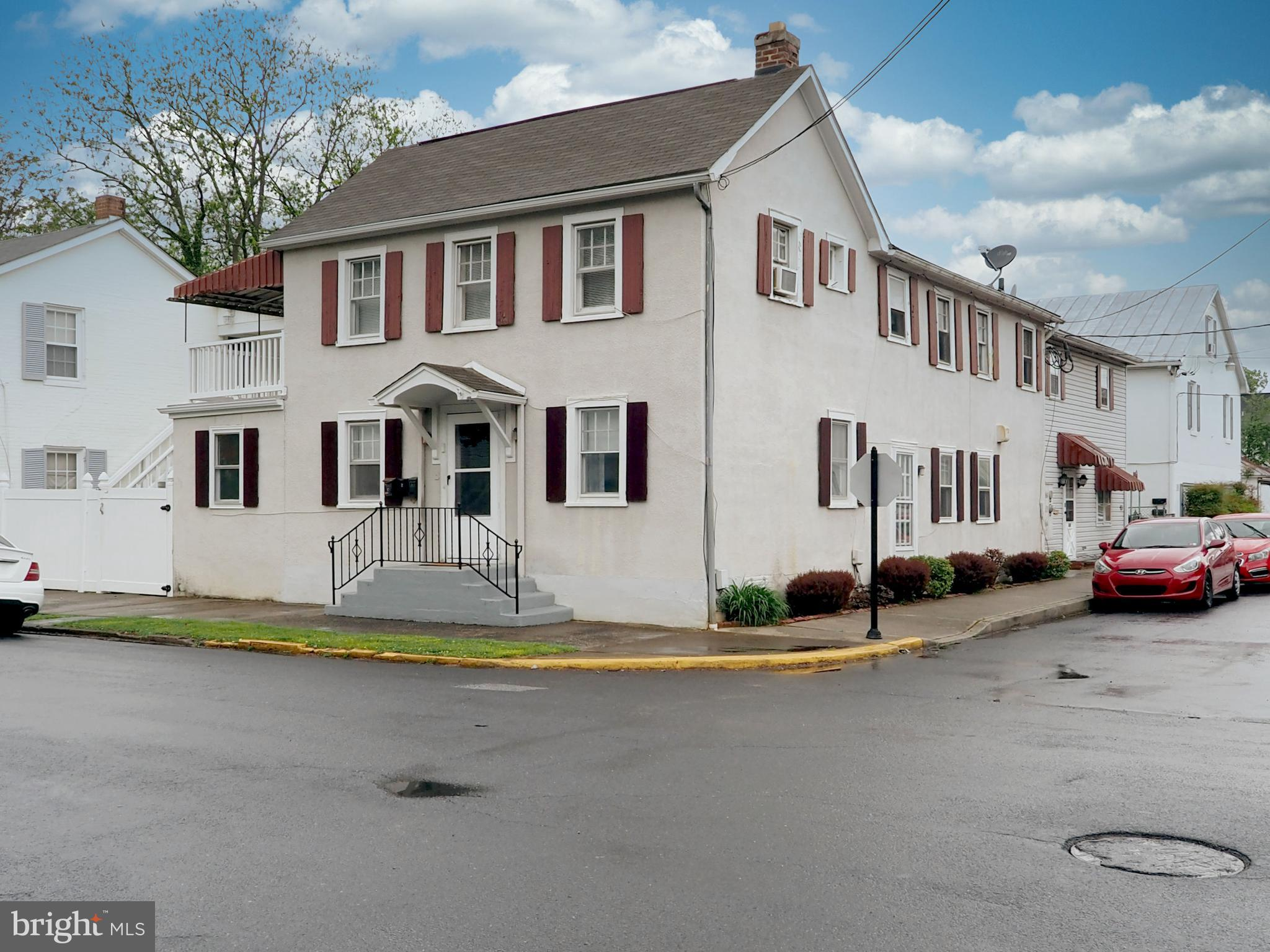 GREAT OPPORTUNITY IN CHARLES TOWN, WITHIN  WALKING DISTANCE TO THE RESTAURANTS, OLD OPERA HOUSE, AND