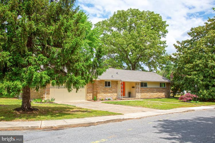 Move In Ready!  This completely updated/renovated  Severna Park stone ranch  was built in 1954 and s