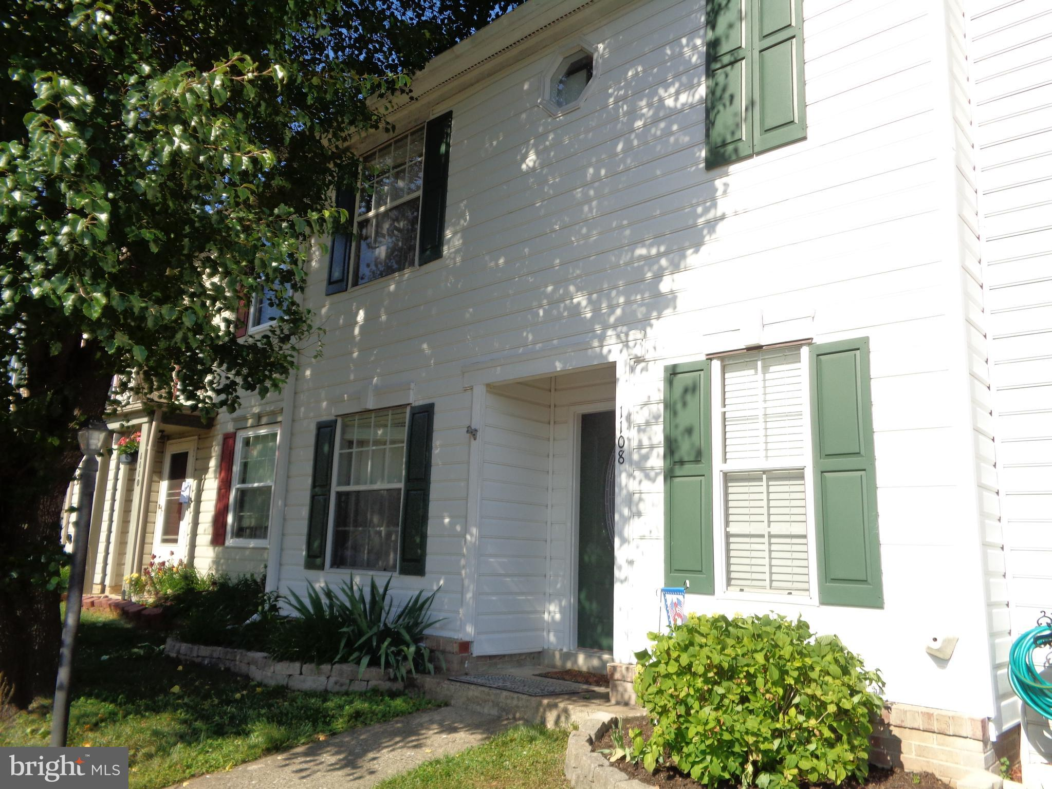 Open and comfortable are the only words to describe this charming 3 bed, 2.5 bath townhome. Close to I 95, US 1 and Washington DC. Conveniently located on US 1 close to shopping and commuter parking areas. Minutes from Quantico Marine Corps Base and all points North. Close to Fredericksburg and Richmond.   New carpet and paint installed 9 months ago. The HOA fees features pool, trash, snow removal, and many more amenities. Property is vacant and ready for new owners.