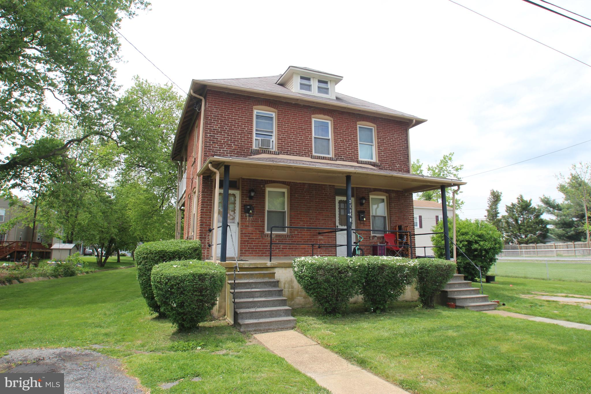 Rare find!  Brick detached multi family home close to Kirkwood Highway, route 141 and Wilmington.  N