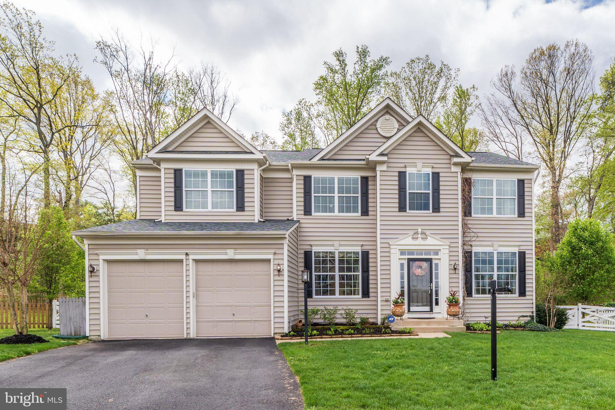 You'll love this stunning 3-story home located in the high ly sought after Leeland Station community