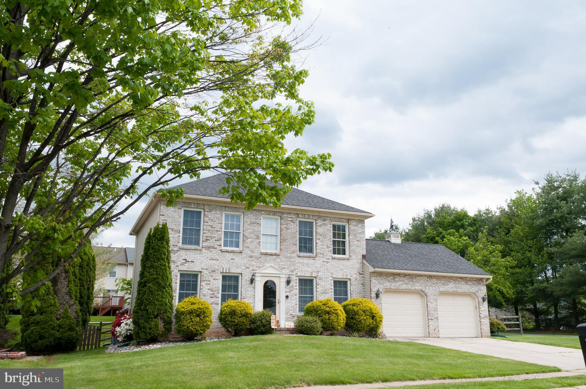 Welcome Home! This pristine home has 4 bedrooms and 4 full baths. Main level features small 4th bedr