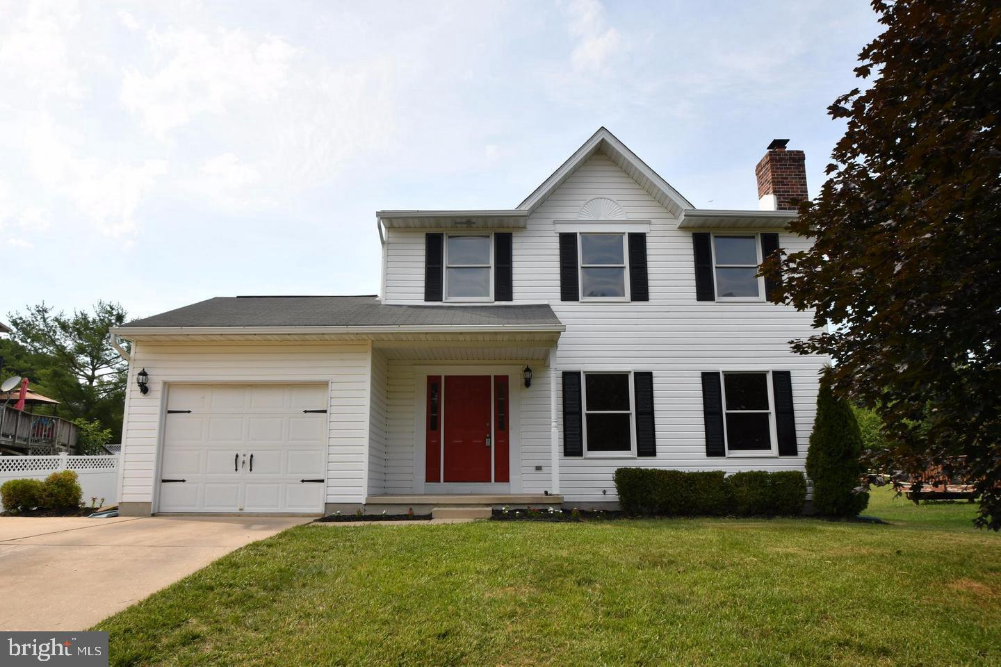 ****Any Offer Deadline will be updated in this location**** Coming soon this 3BD/2.5BTH Colonial is