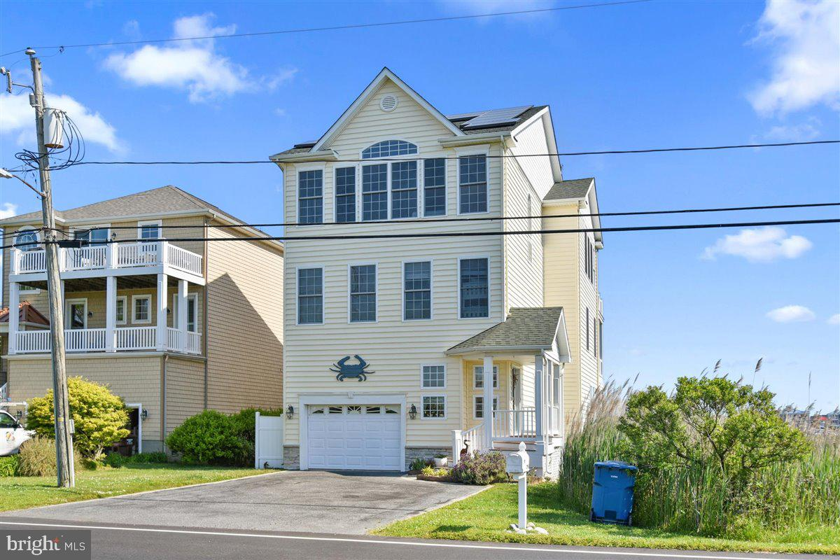 Stunning Panoramic views of Ocean City skyline, Fishing Center, Sunset Marina you will not want to l