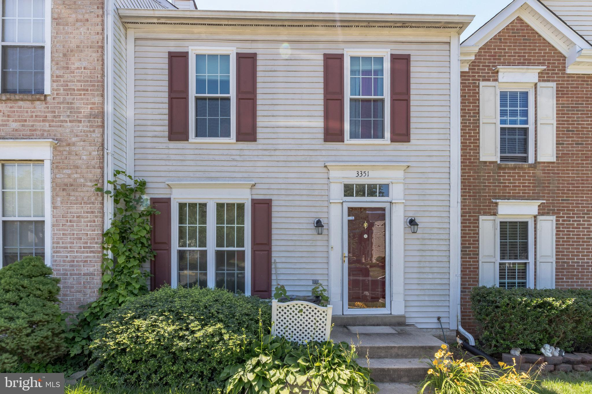 Three level townhome located close to interstate 95 and US 1. Plenty of space within this 3 bedroom,