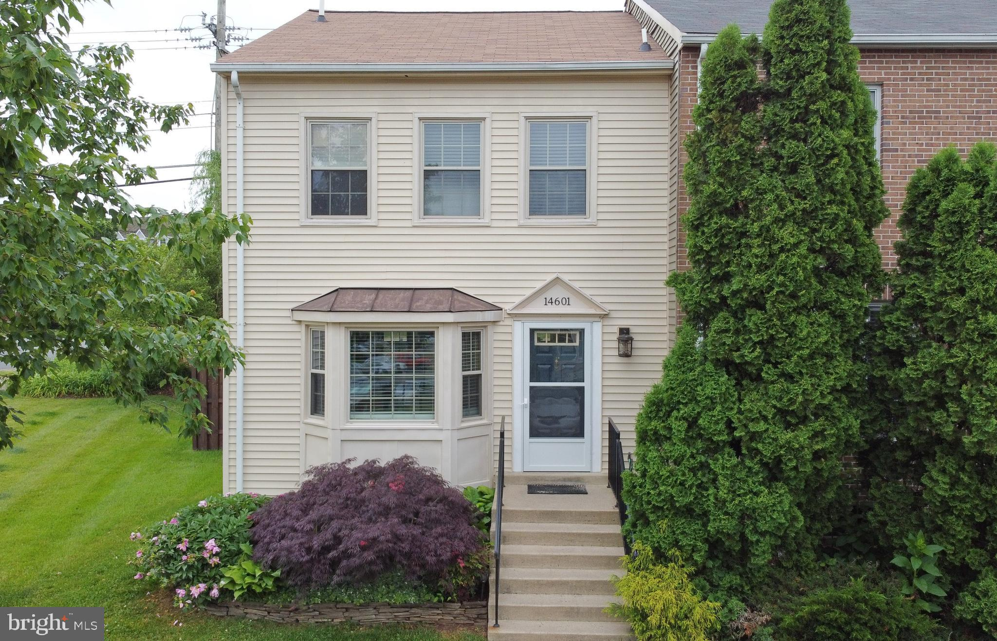 """Well maintained end unit townhouse located in desirable, commuter friendly neighborhood of Stonehenge in  Centreville.  Just a few minutes drive to I66 & Rt28. Walking distance to Village Center Shopping Mall. This cozy townhouse features 2 master suites upstairs each with their own full bath. New roof, carpets & washer and dryer as of 2019. Tons of storage space in the basement, along with beautiful built in shelving along with a full bath. Backyard is stunning - beautiful fenced in back yard, has a back porch with built in seating to enjoy  all summer long. Kitchen was updated in 2013 & remains in pristine condition.  Deer Park elementary, Stone Middle & Westfield HS are all close by.  This home comes with backyard grill & 42"""" wall mounted television."""