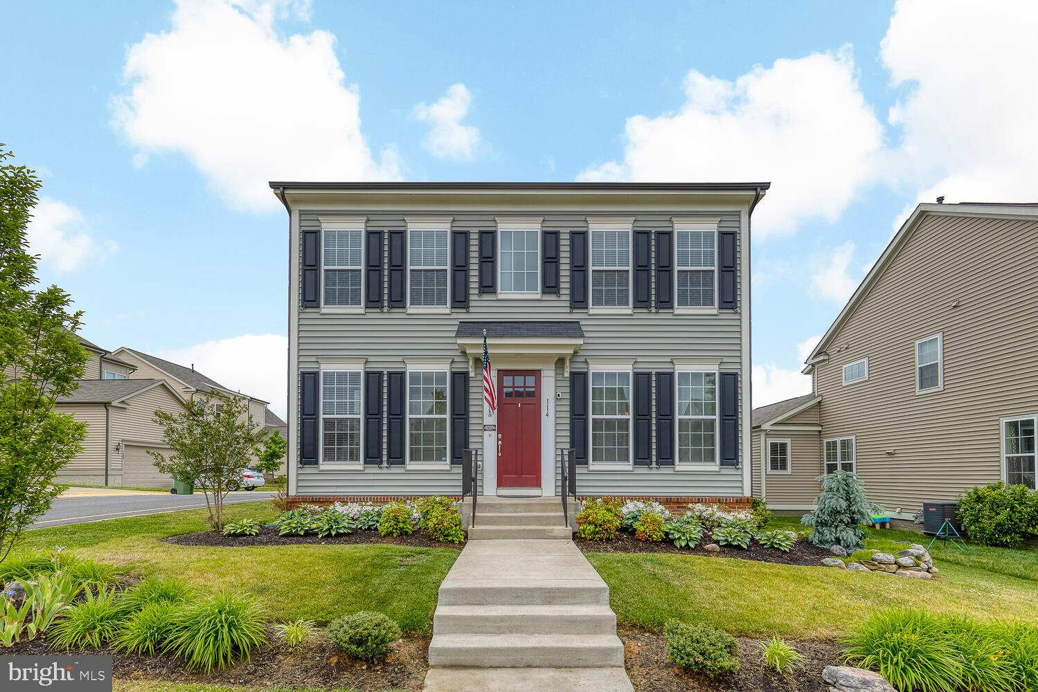 Welcome home to this beautiful solar-powered 3-level colonial in Phase 1 of the sought-after Embrey Mill neighborhood! Professionally landscaped corner lot located just 100 yards from Firepit Park and 100 yards to Festival Park. This home is gorgeous from top to bottom. There are hardwood floors throughout the main level, including the separate dining room, family room and living area. The gourmet kitchen features an oversized island, custom range hood & backsplash, granite counters & stainless steel appliances. The kitchen opens to the family room, which features a gas fireplace and surround sound. The large master bedroom offers an elegant tray ceiling, his and hers closets and bathroom with dual vanities, water closet and an oversized shower. The bedroom level also has three additional bedrooms, two additional full baths and an updated laundry area. The basement offers a spacious rec room and fourth full bathroom. There is also tons of space for storage or future growth.  The lovely backyard is fully fenced with a stamped concrete patio and lighting.  Upgrades include new washer and dryer, an updated laundry area, new ecobee smart thermostat, Ring doorbell, EcoDuct whole house HVAC filter, professional landscaping, an irrigation system and a new solar system that has nearly eliminated electric bills.  All of this located in the Colonial Forge High School district, plus the amenities in Embrey Mill, which includes walking/jogging/biking trails, a dog park, a soccer field, community pool, and so much more. Next to Publix. See it today!
