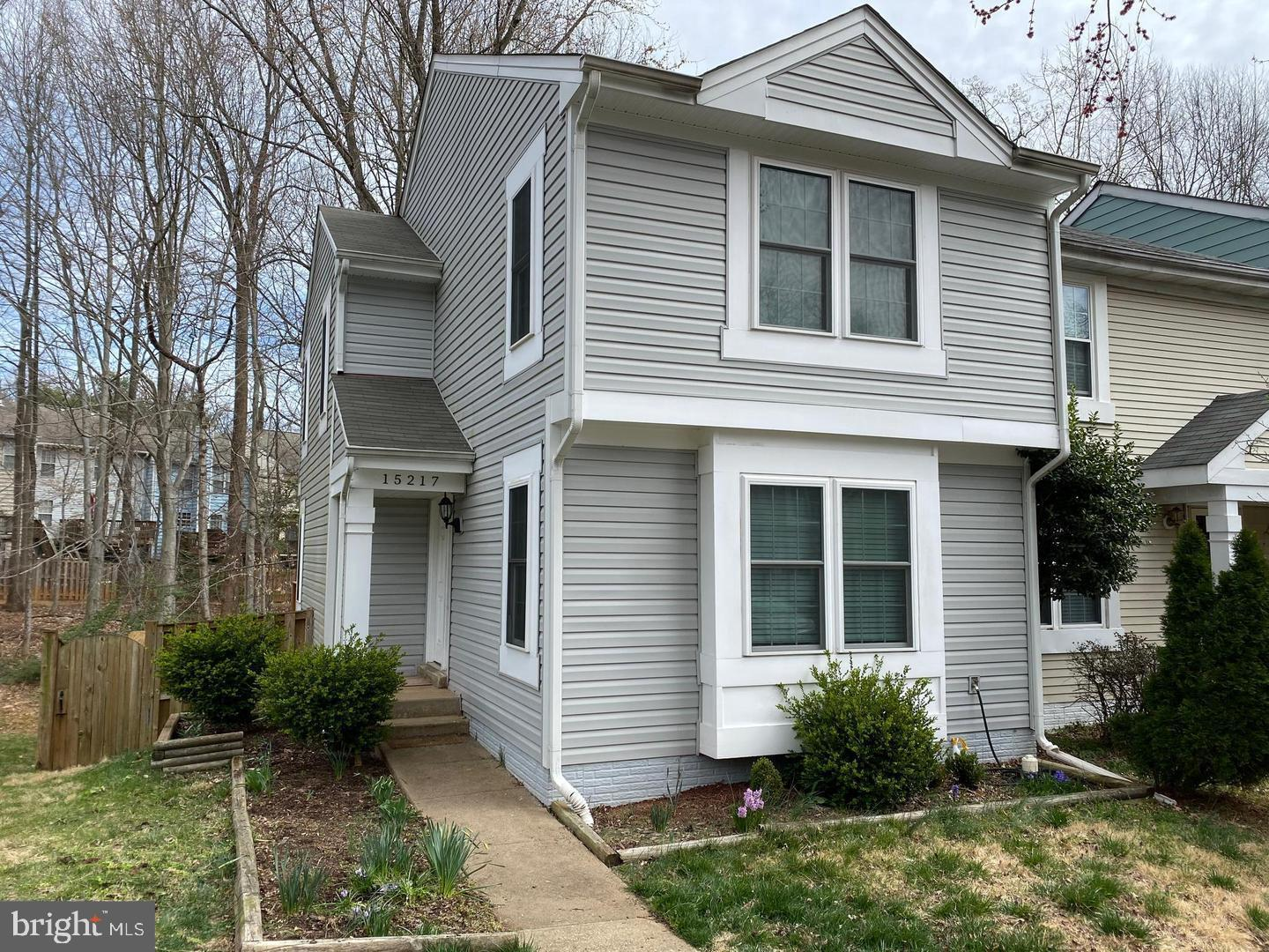 End unit town home in Montclair! This 3 level town home Features 3 Bedrooms, 3 full baths and a half