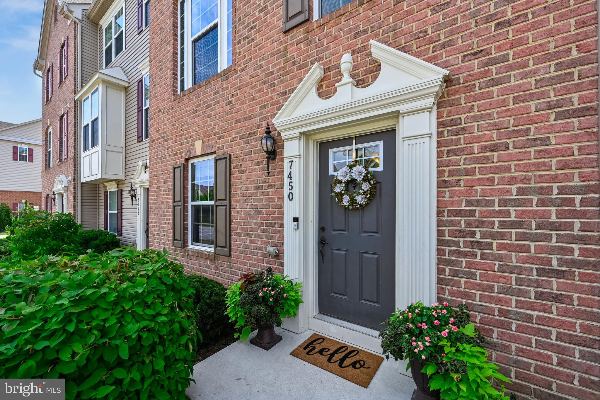 Offer deadline is Monday JUNE 28 th by 5:00 pm. This stylish, lovingly maintained, brick exterior to