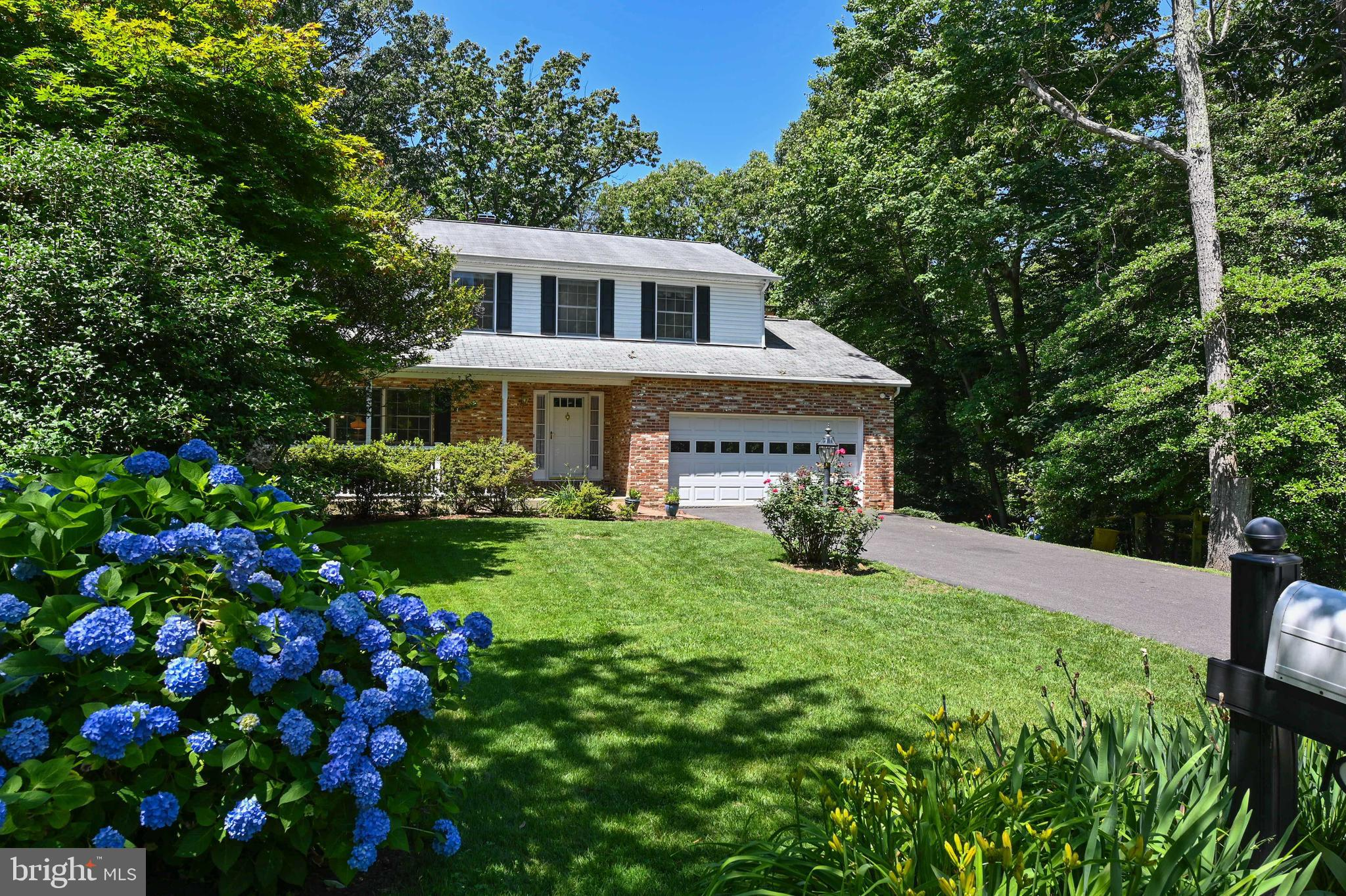 Lovely end of cul-de-sac location just minutes from Historic Downtown Annapolis and all major commut