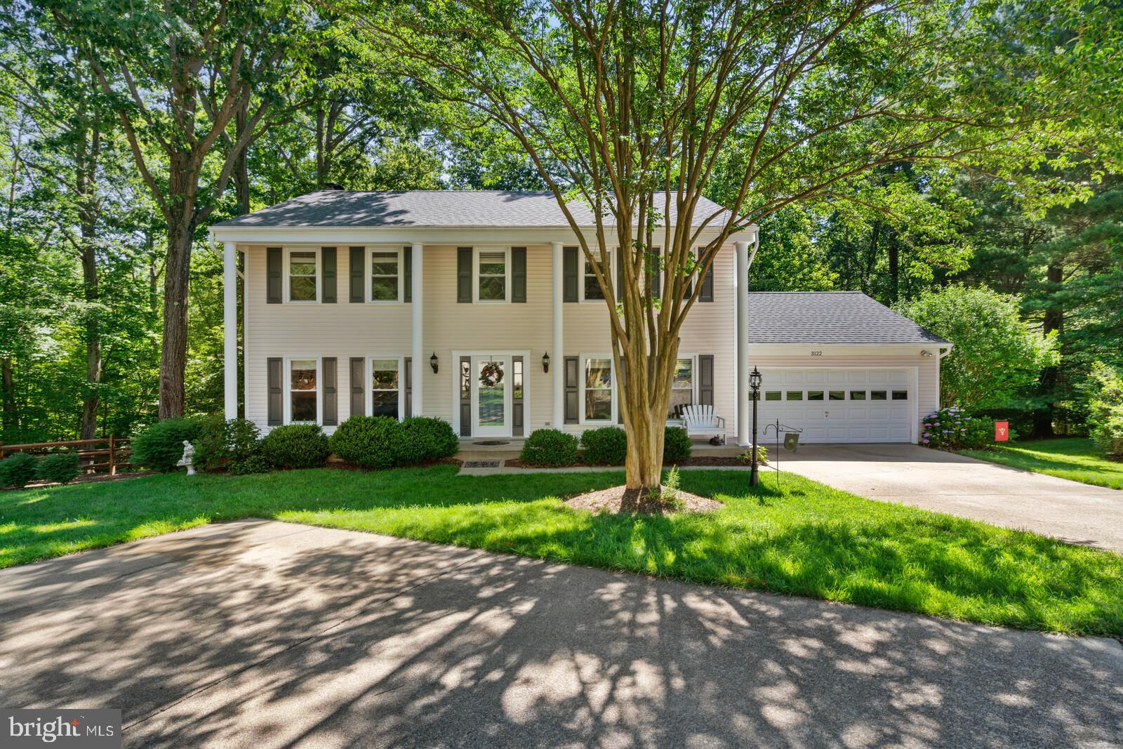 Welcome home to this lovely colonial tucked away on a sweet street in the heart of Lake Ridge! You'l