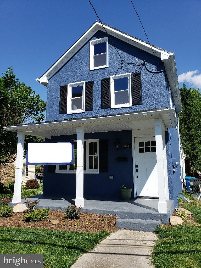 This fully renovated 1800s charmer is located just blocks from downtown historic Berryville.  The 2