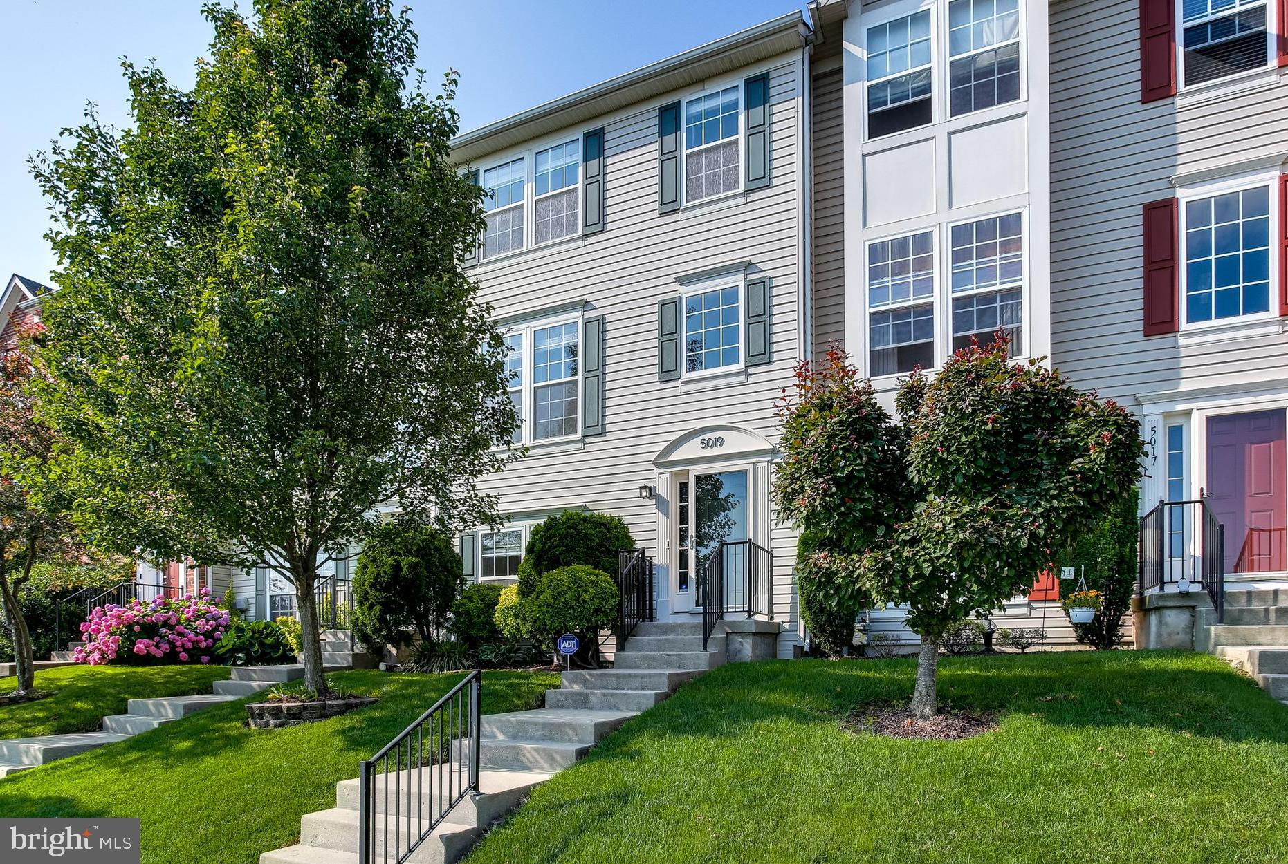 This 3 Bedroom, 3.5 Bath Townhome in Eaton Square is A Must See! The Upper Level features an updated