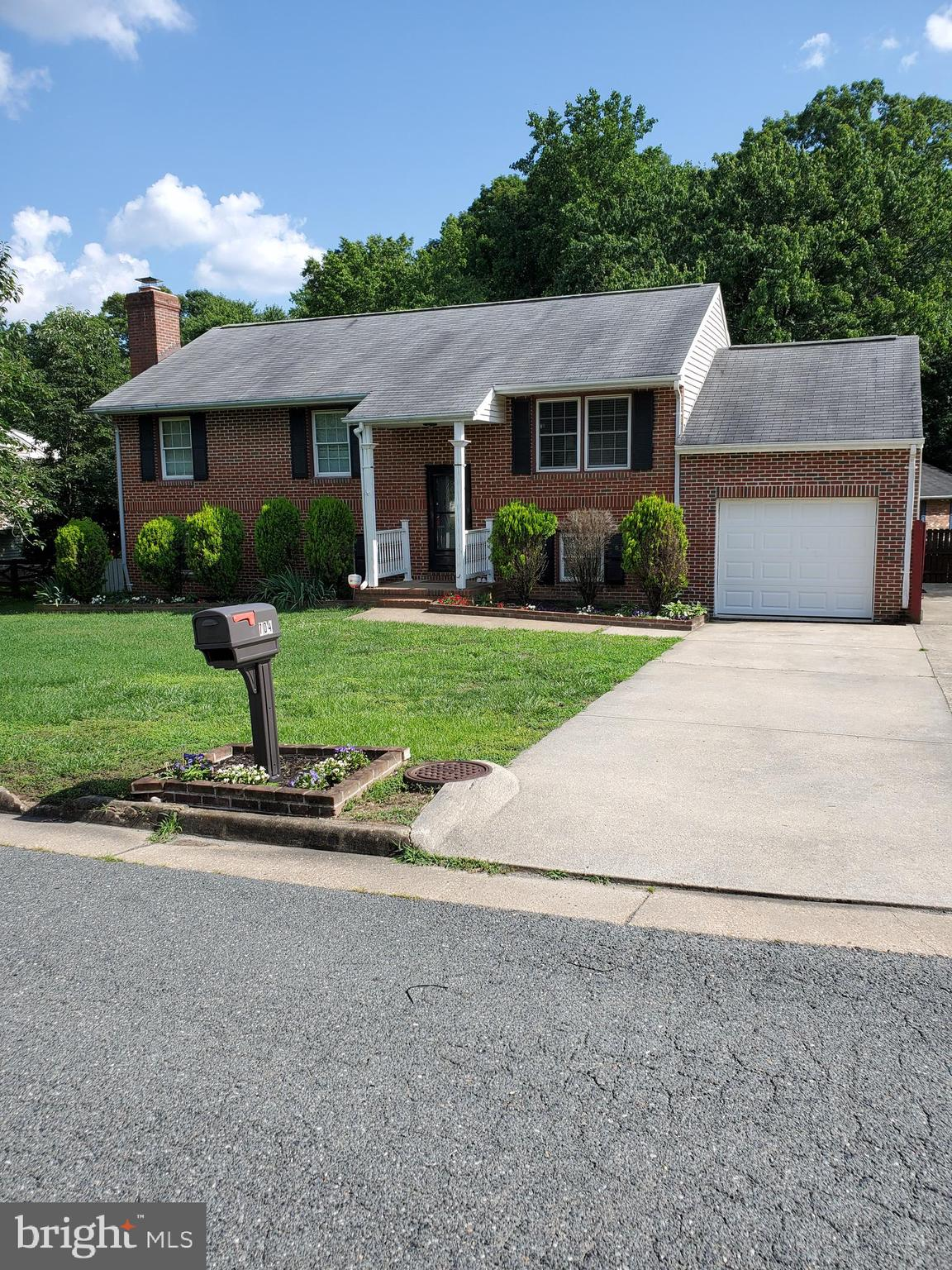 Wonderful opportunity for either owner occupant or investor. This brick 5 bedroom 3 bath home located in Chancellor Green is waiting just for you. Great corner lot with finished lower level basement that includes it's own private kitchenette. Walk out basement level. Updated flooring through out main level and fresh paint. Minutes from I-95, route 1, shopping and restaurants.