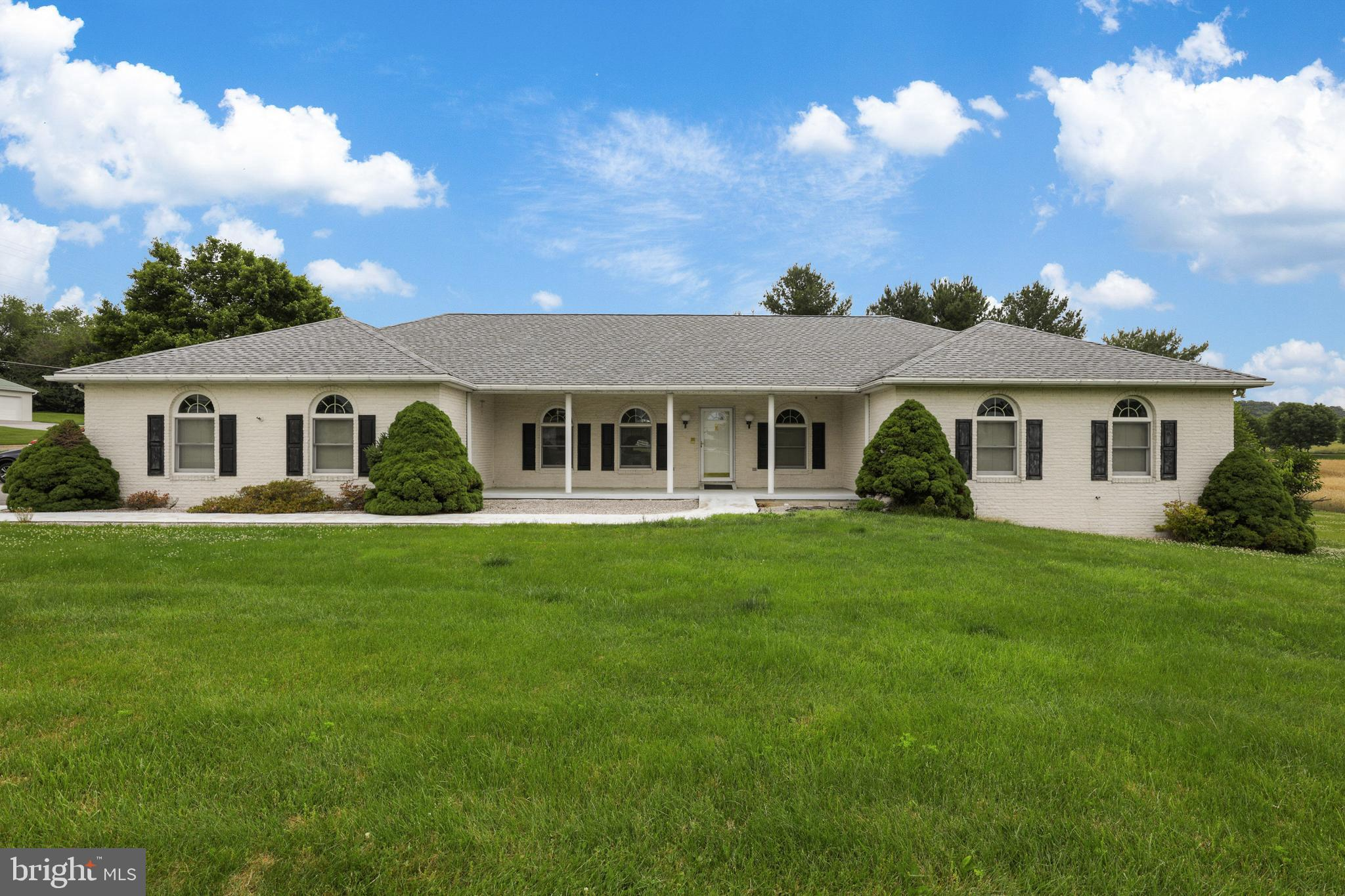 Come see this well maintained,  large Ranch home offering comfortable single-level living!  This hom
