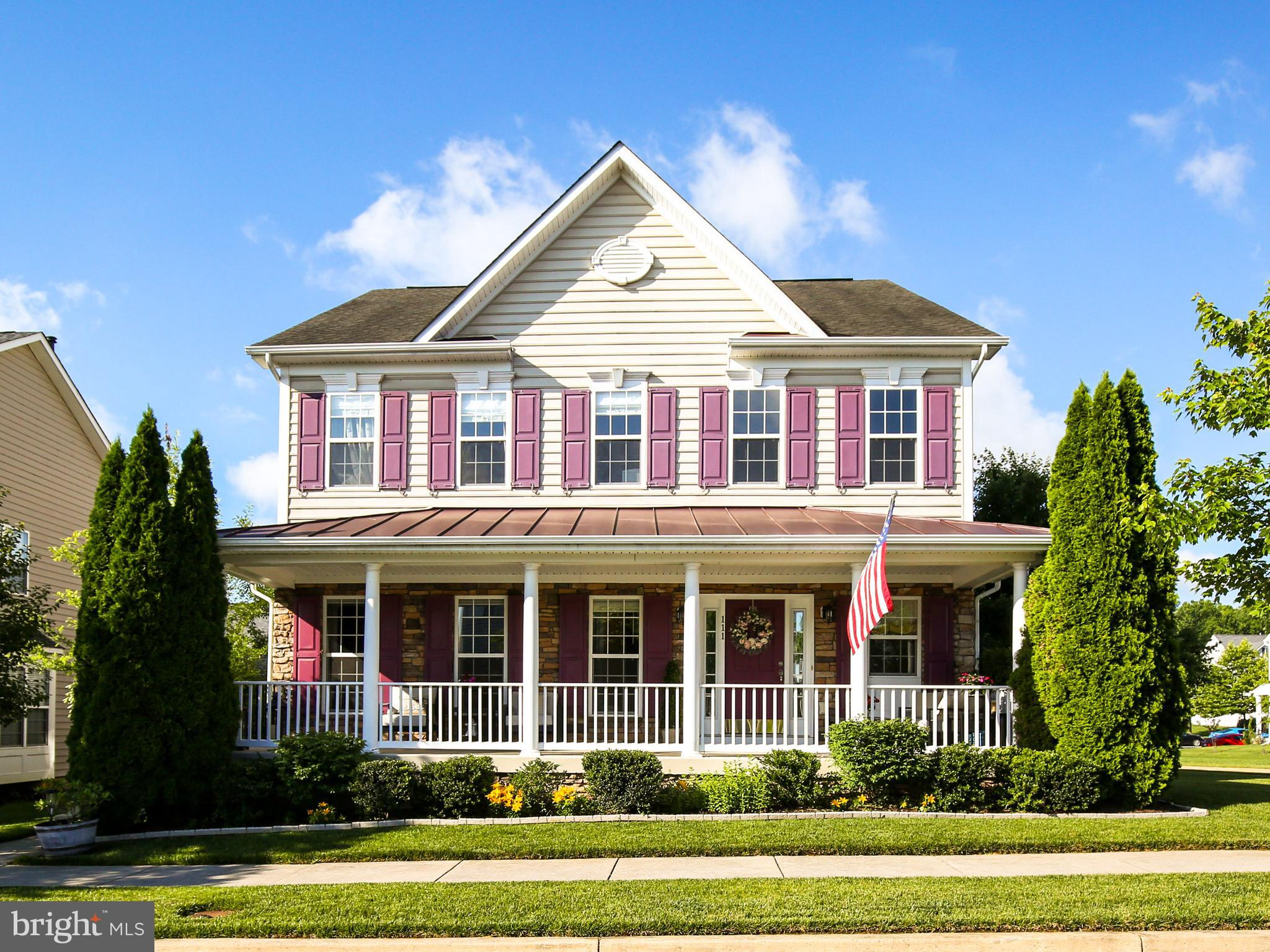 Immaculate home on a corner lot available in the sought-after and commuter-friendly Huntfield commun