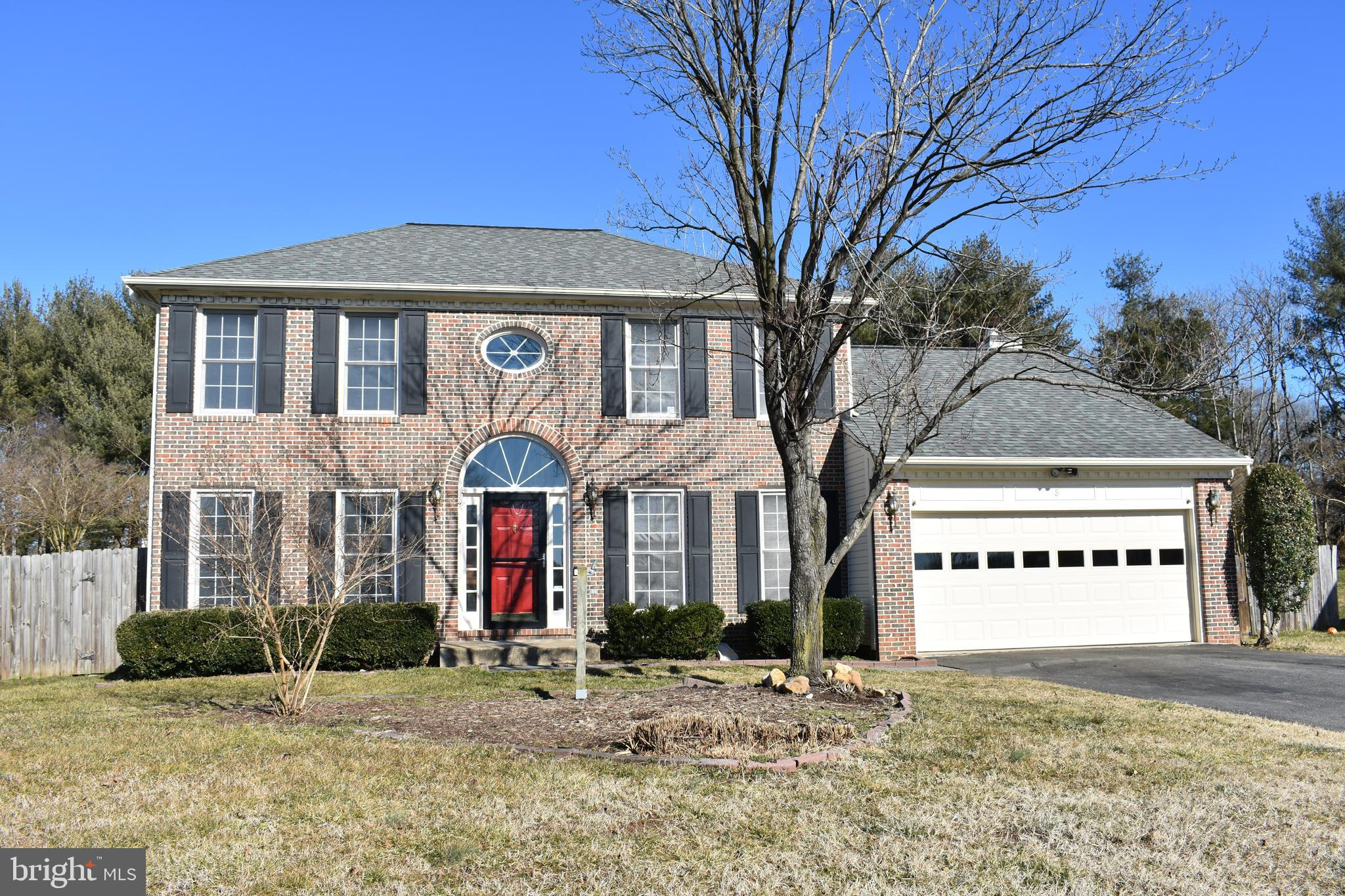 Spacious  brick front 5 bed 3.5 bath colonial.  Start with a fresh new palate of neutral grays to in