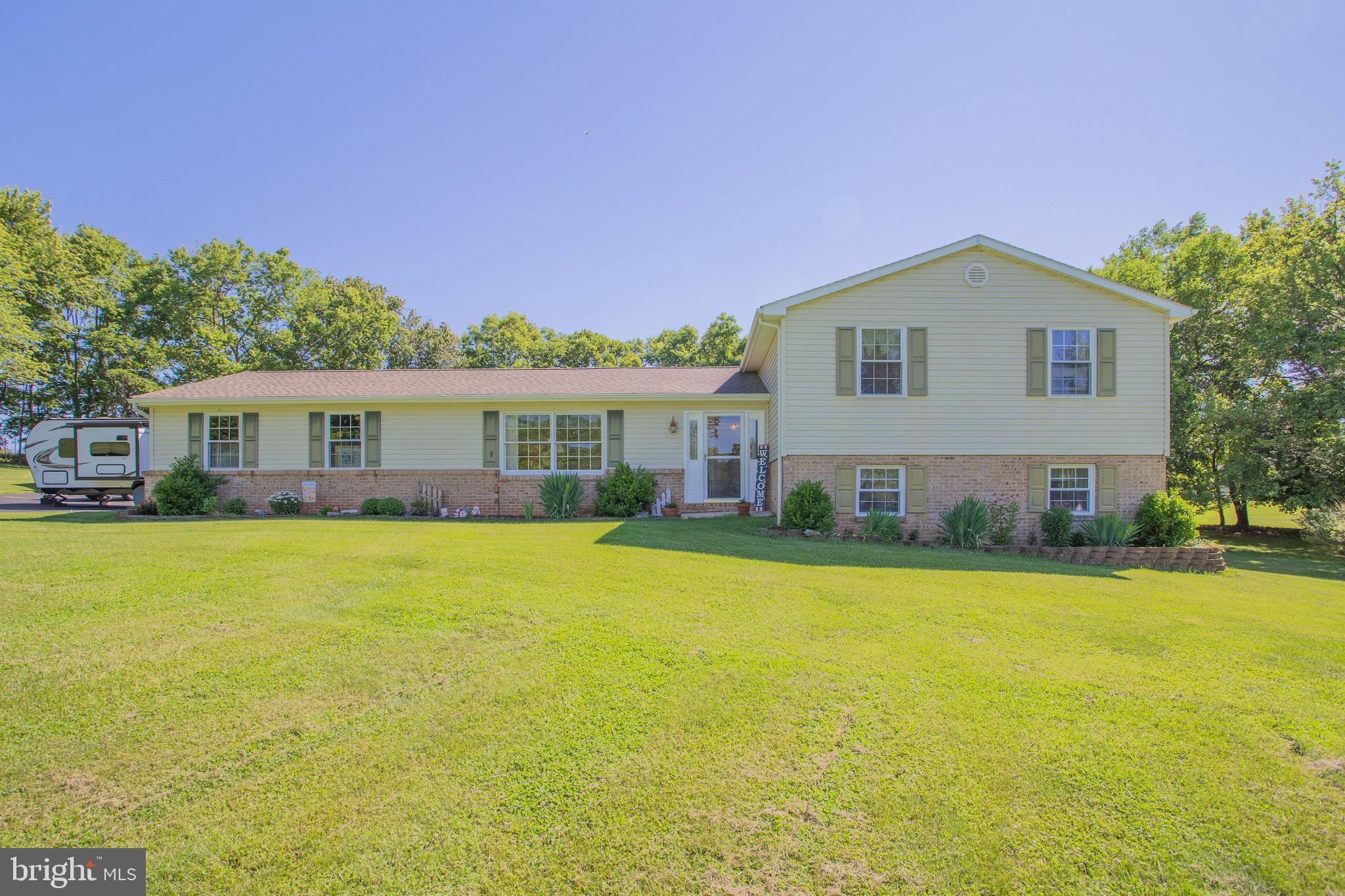 PEACE AND SERENITY is what you will find at 856 Oregon Trail located in beautiful Conestoga Estates.