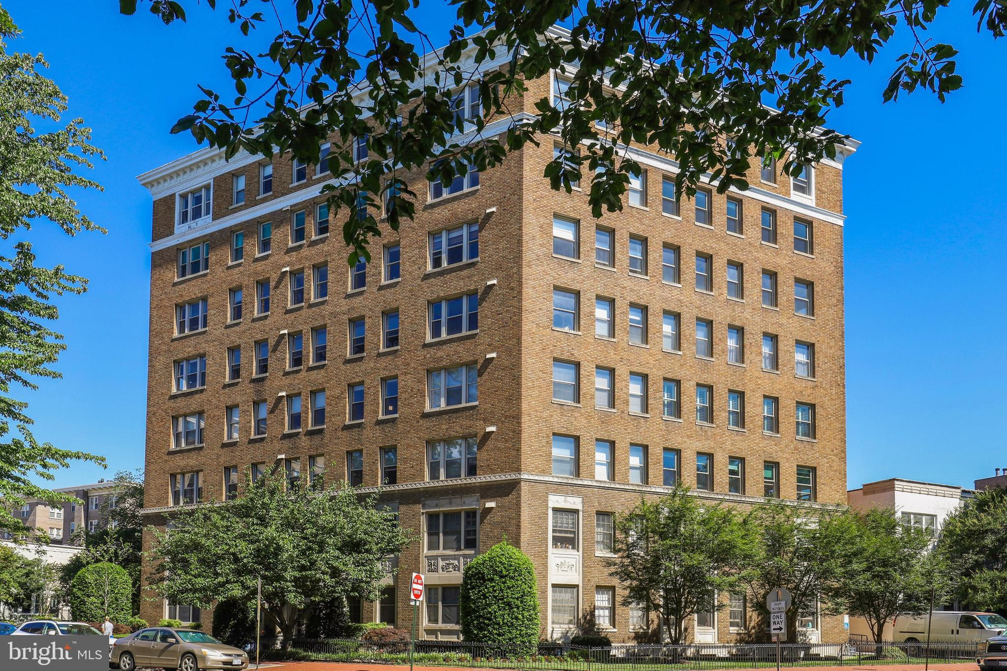 Come home to peace and serenity in the heart of  Dupont Circle and the U Street Corridor! This gem i