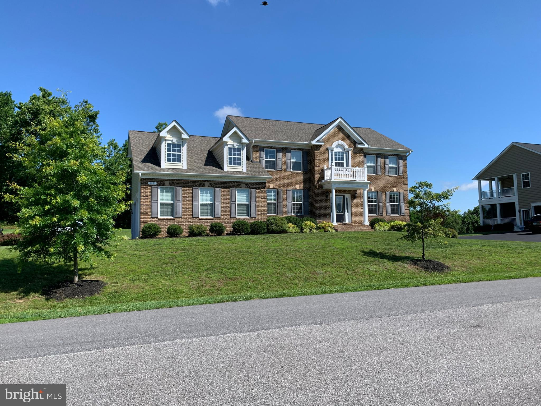 AMAZING location in Northern Calvert right off route 4, convenient commute to DC or Andrews, and in