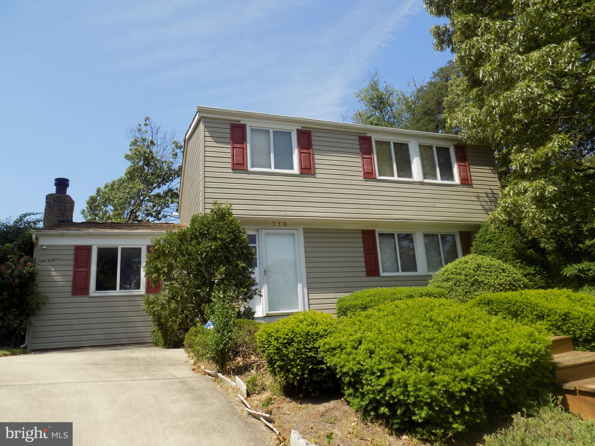 This 2 story home awaits new owner. Conveniently located on a cul-de-sac, this spacious home boast a