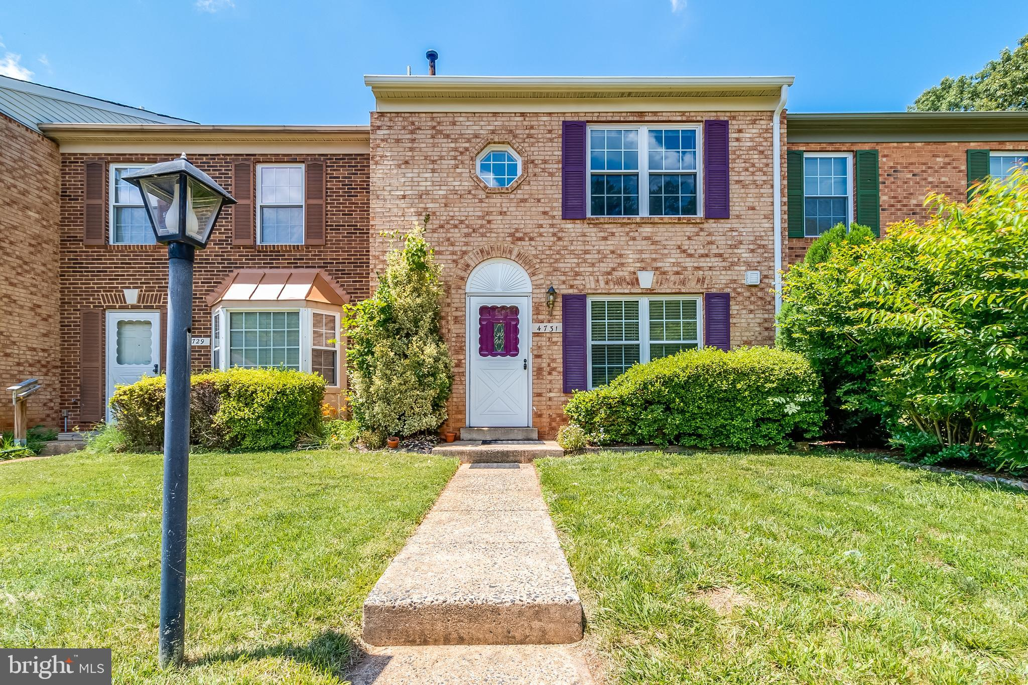 Wonderful Brick interior unit colonial townhouse near Minnieville, over 1,340 sq ft on two level... Roof is 10yrs young, Carrier HVAC system  replaced in 2018, windows were replaced in 2017, living room recess lighting 2021, dryer and washer 2019, refrigerator 2018! Modern grey paint throughout... large deck to entertain and BBQ this summer. Bike trails and children's park within walking distance.  Local and renowned restaurants nearby.... *New flooring will be installed in the foyer and kitchen. Bathrooms and Kitchen needs a little TLC.