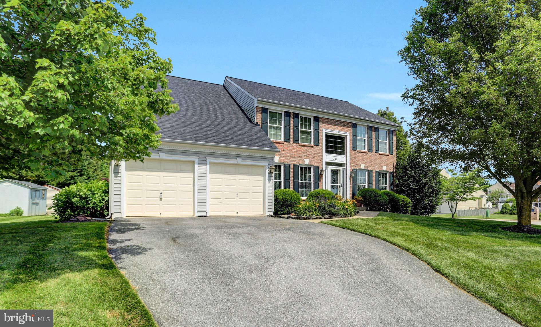This beautiful 5+ bedroom 3 1/2 bath  Grayson home offers an exceptional amount of room to grow the