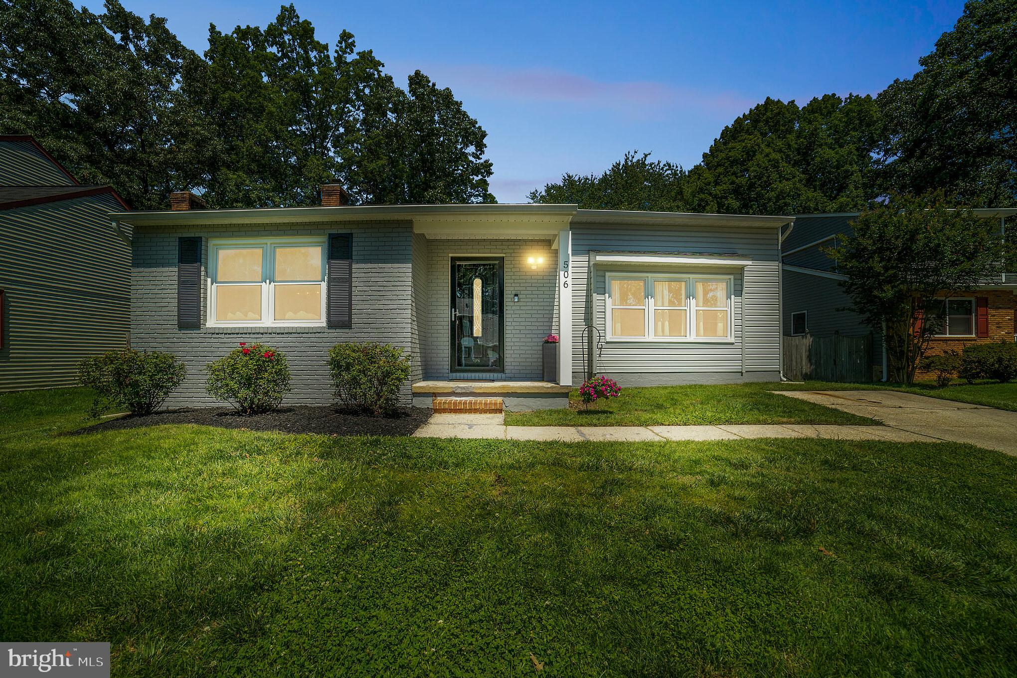 OPEN HOUSE SATURDAY 6/19 1-3pm - This Contemporary located in sought after Chartridge in Severna Par