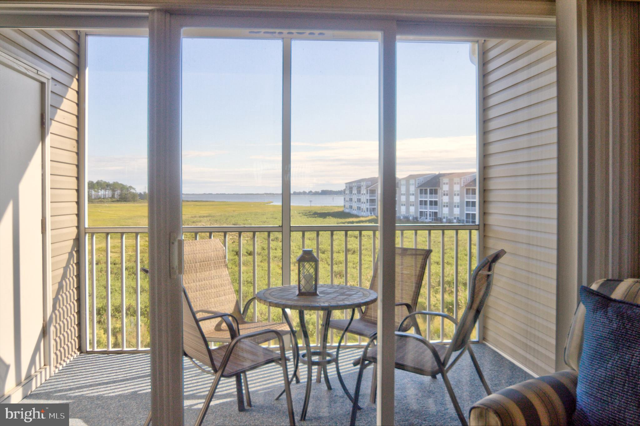 The best views of Indian River Bay! Just 15 minutes to Bethany Beach by car, this fully furnished 3r