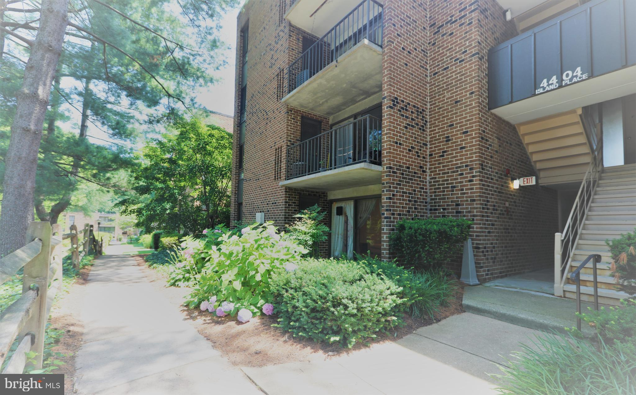 Ready to move in this one level, 2-bedroom, and 2-bathroom condo in the heart of Annandale.  This is