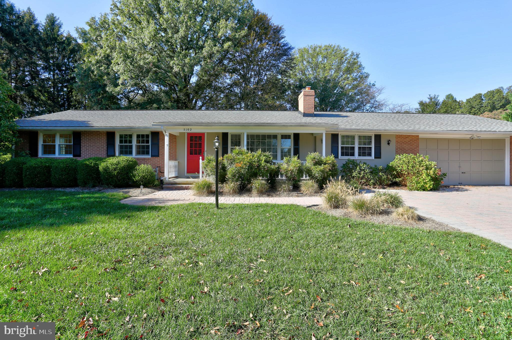 Finally, a super clean & meticulously cared for home on a MEGA sized, flat lot (1.10 acres) in a sup