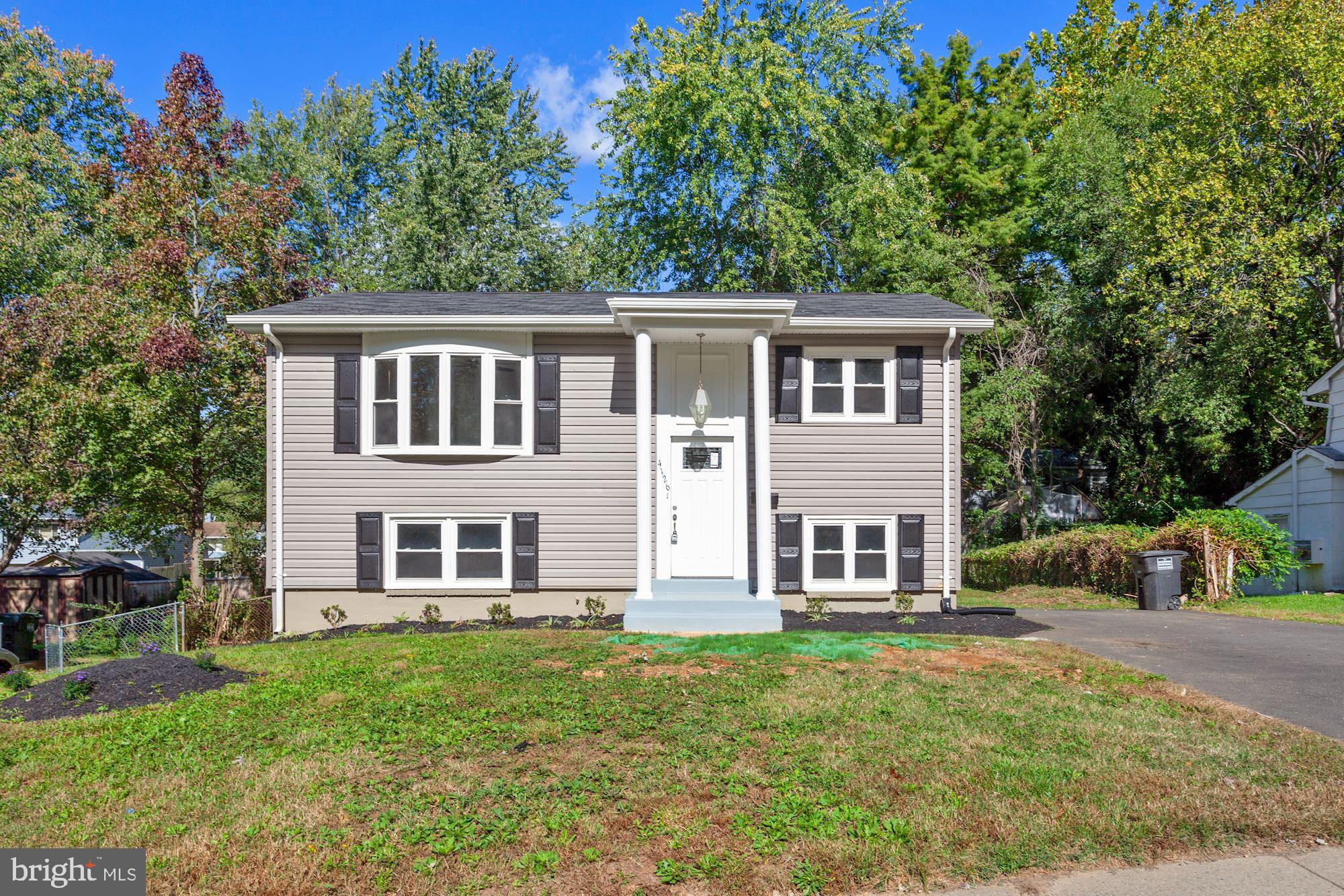 Spruced up and ready to sell! Fully updated  four bedroom, two bath split foyer home near 95, Potoma