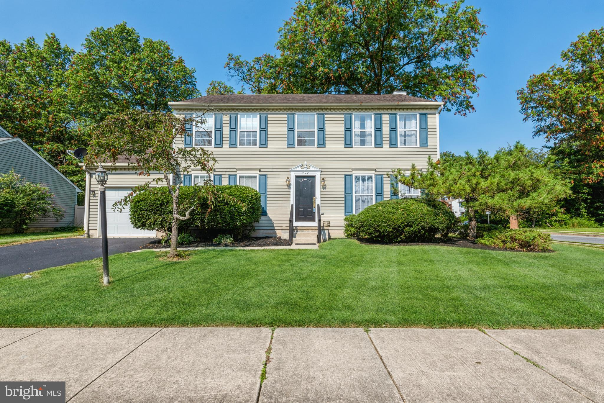 Beautiful Colonial Located within the City of Newark. This Home offers a nicely landscaped corner lo