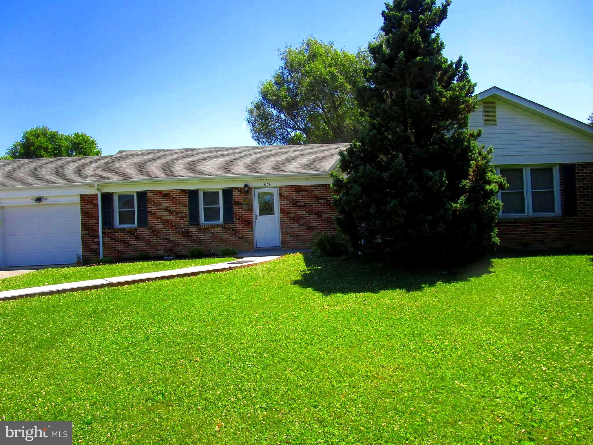 Rural 2.3 acre lot with space for children's activities.  A garden or swimming pool. Lots of out doo