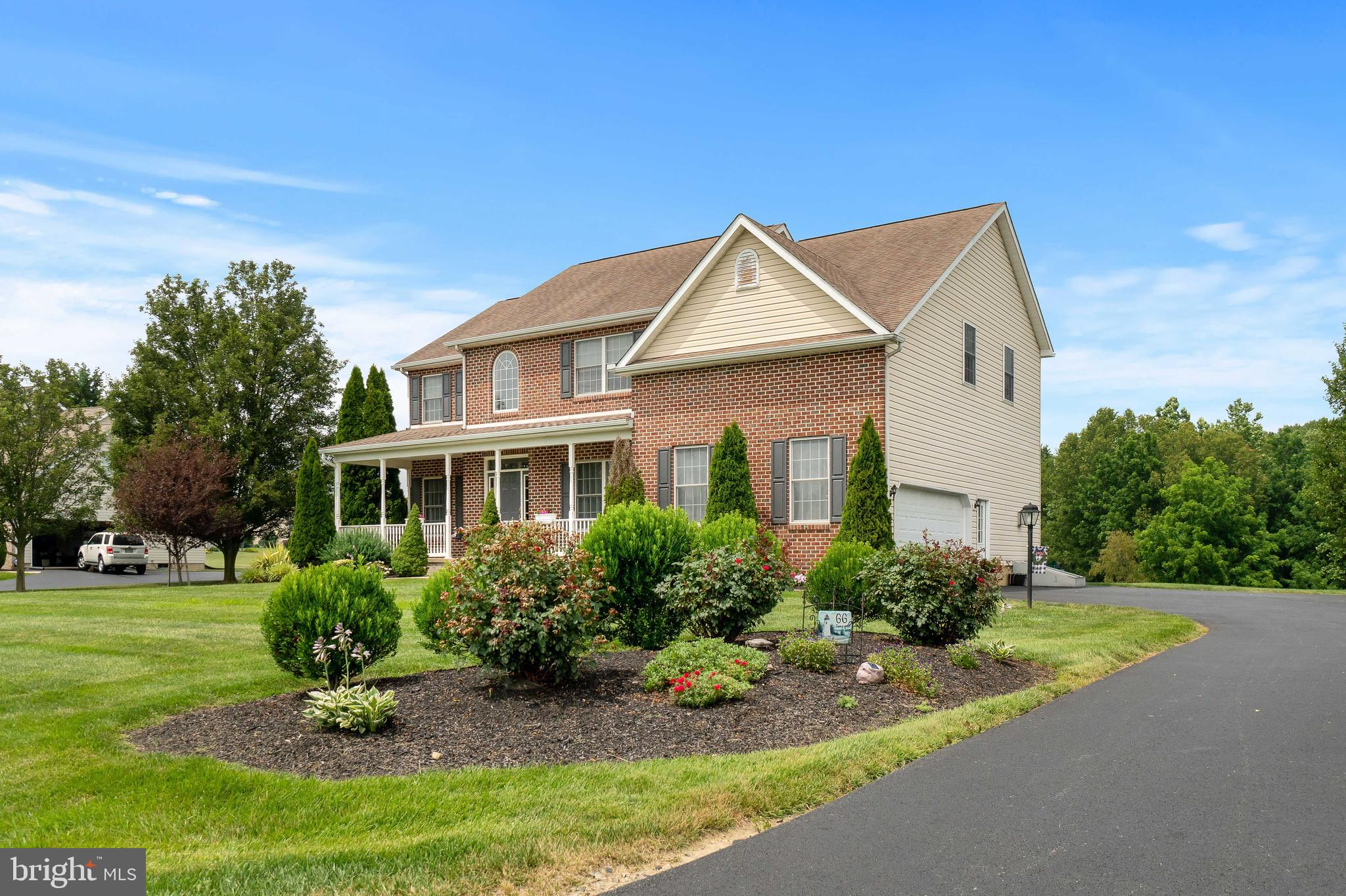 .This elegant, brick two story located in Hunter's Crossing is the perfect place for your family to