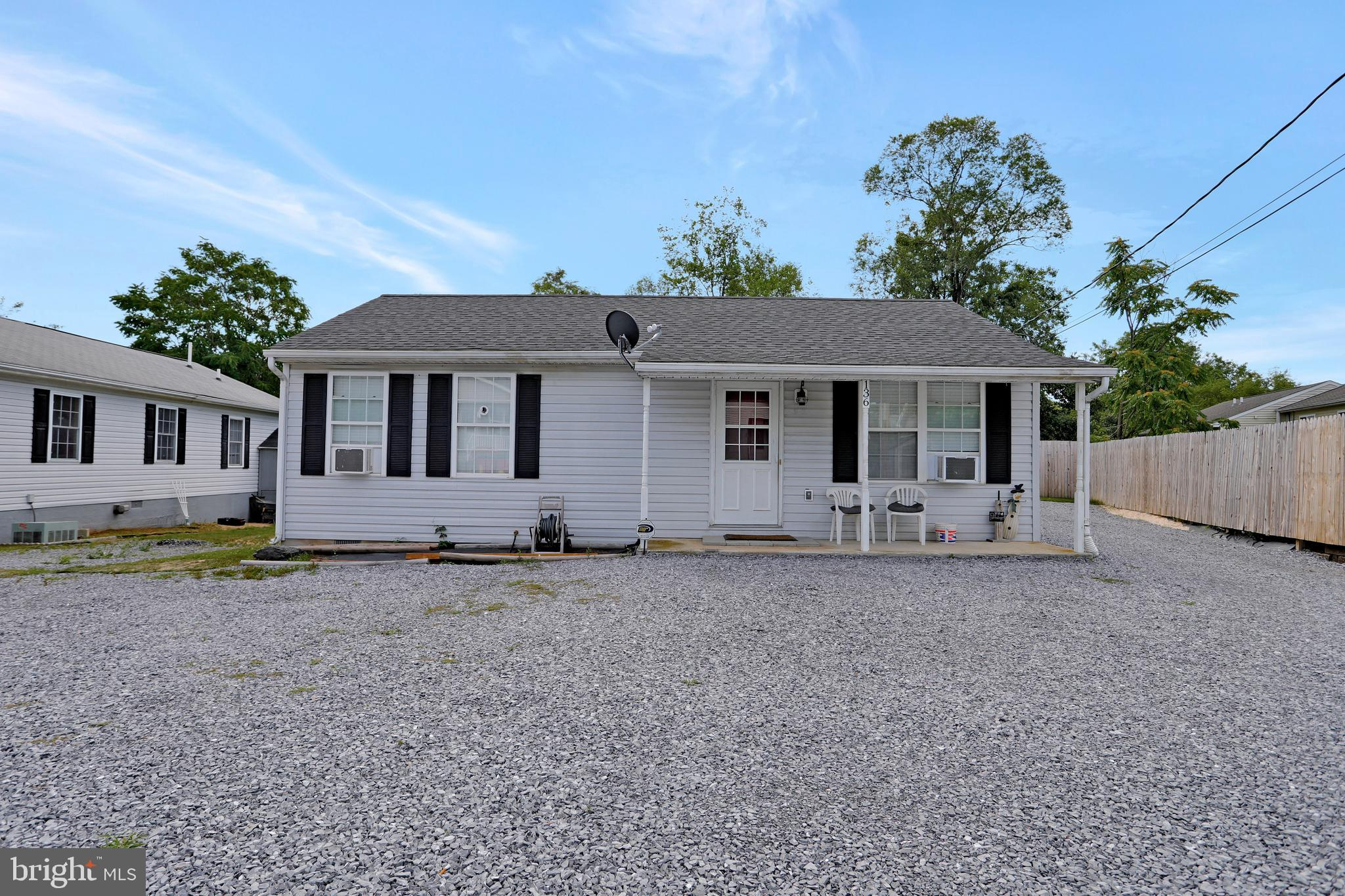 Charming, Adorable and USDA elgible!  Enjoy easy living all on one level in this very well maintaine