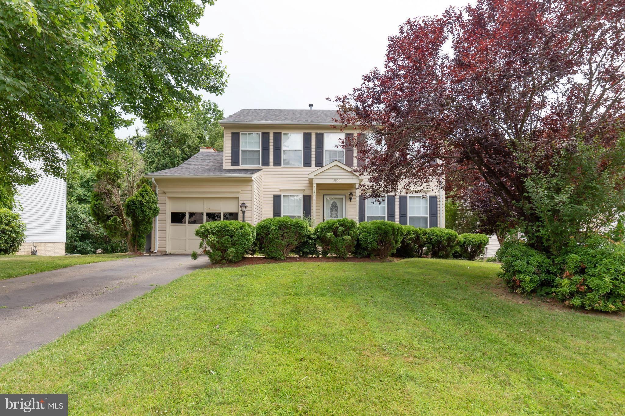 Price adjustment!Convenient to shopping, schools and water park! This Colonial is located on a culdesac and features a 3 season room, newer windows, roof, HVAC. Backs to woods. Enjoy the wonderful deck for summer cookouts! Newer roof, hvac, windows New garage door.