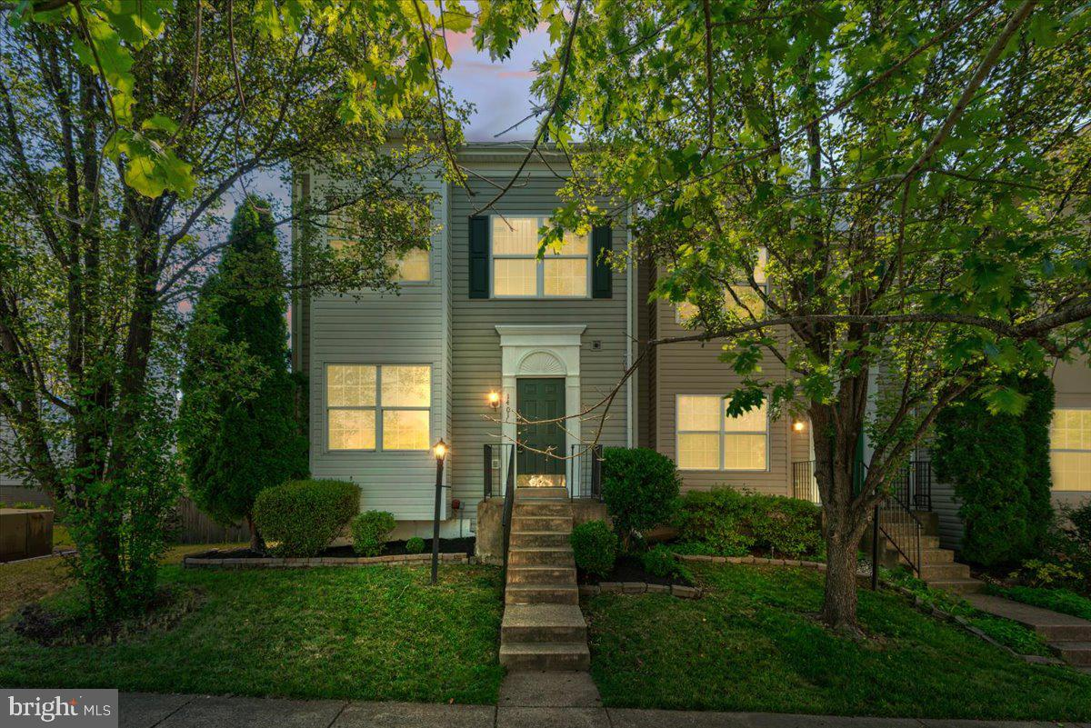 Specious End Unit, 4 level home with 2448 square feet! New carpet throughout, new flooring in the bathrooms, new stainless appliances, including a gas range, in the eat-in kitchen. There's a stepdown living room with gas fireplace and a deck leading to the large, fenced backyard.  Expansive basement with rec room, 4th bedroom (NTC), full bath and laundry with washer and dryer included. The large primary bedroom upstairs features a spacious loft with skylights, and tons of storage in the floored walk-in attic. The primary bath also features a jetted tub and there's a walk-in closet. This home is just down the street from commuter lots, shopping and only 5 minutes to 95. Visit this unique and freshly updated home today - all you have to do is turn the key and enjoy!