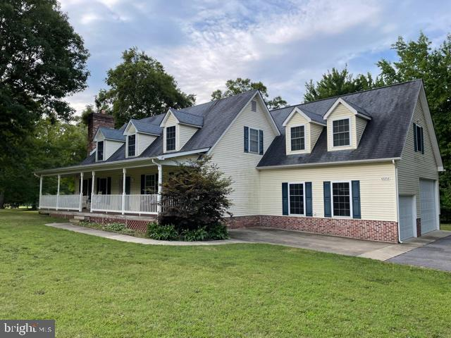 MORE PHOTOS COMING SOON - Cape Cod on 1.3 acres +/-  conveniently  located to Leonardtown schools, s