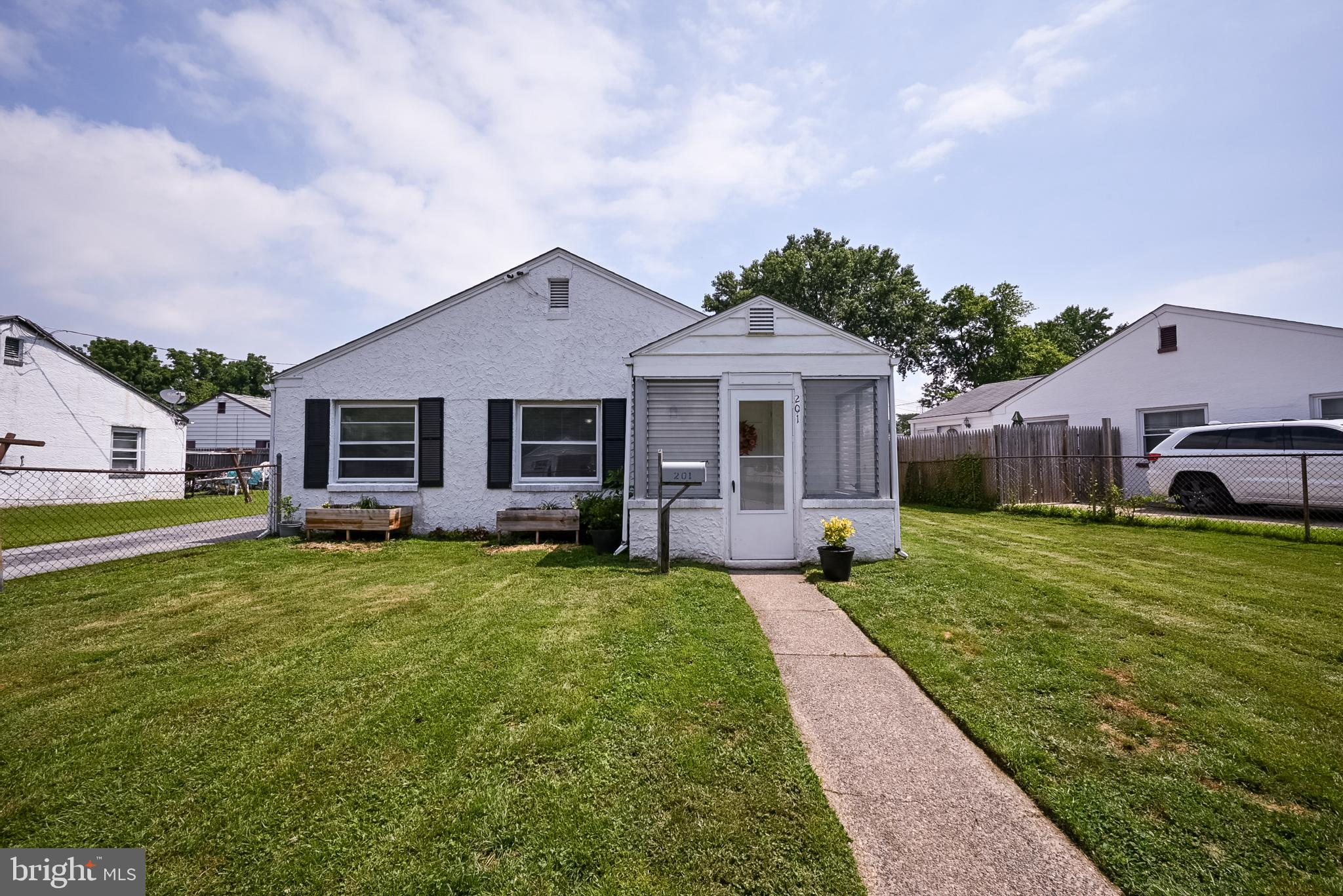 Great starter home in MOVE IN CONDITION!  Roof is 3 years old * AC unit replaced in 2020 * Driveway