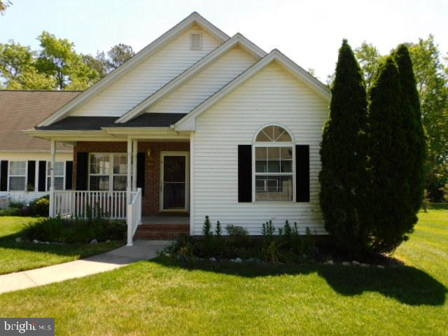 BACK ON THE MARKET AND ON THE HUD HOME STORE.  Take a look at this 3 Bedroom 2 Bathroom home in Ston