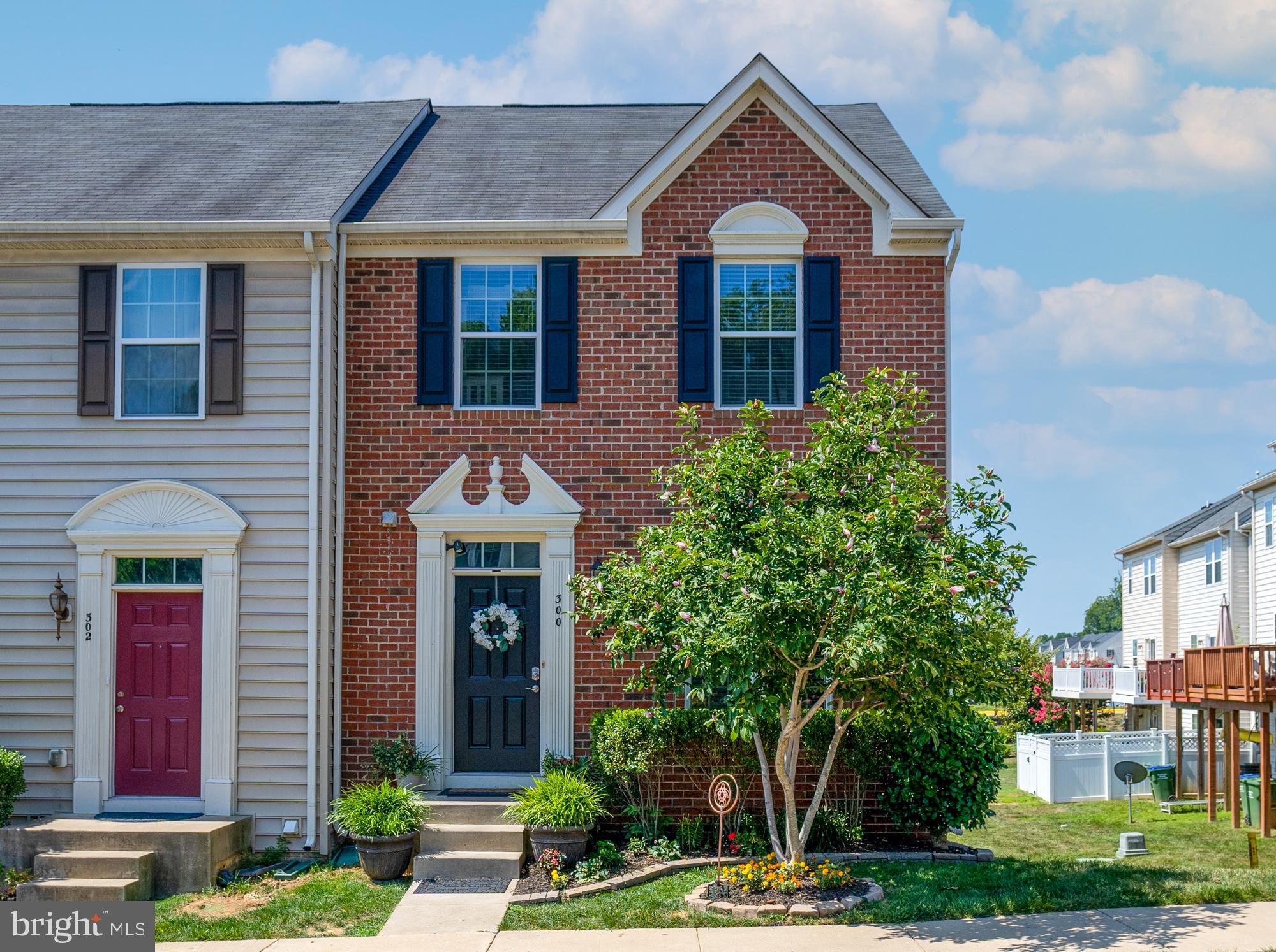 This beautiful brick end unit home is waiting for you to make it your own!   Located off of US 17 N with both I95 and the VRE within 5 miles makes commuting a breeze. Open floor plan on the main level.  Kitchen backsplash and crown molding throughout the main level added in 2020. Step out onto the spacious composite deck overlooking the pond ,  the perfect spot to enjoy your coffee or start your day.    Upstairs you will find 3 bedrooms and 2 baths with your laundry room conveniently located on the same level.  Vinyl plank flooring on 2nd level added in 2020.   With a  finished walkout basement this home has plenty of space for you and your family. Schedule your tour today!