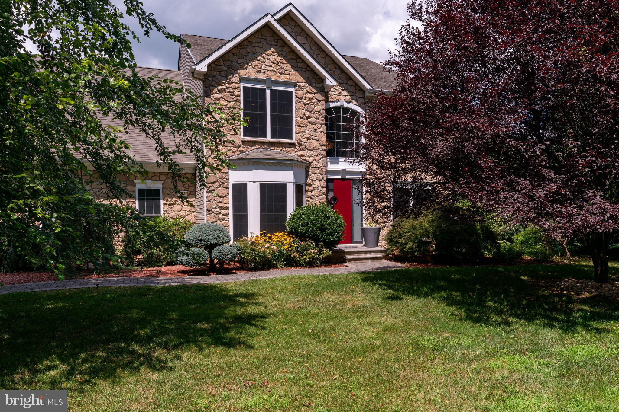 Beautiful contemporary colonial sitting over 1.5 acres of manicured open land. Feel apart of one of