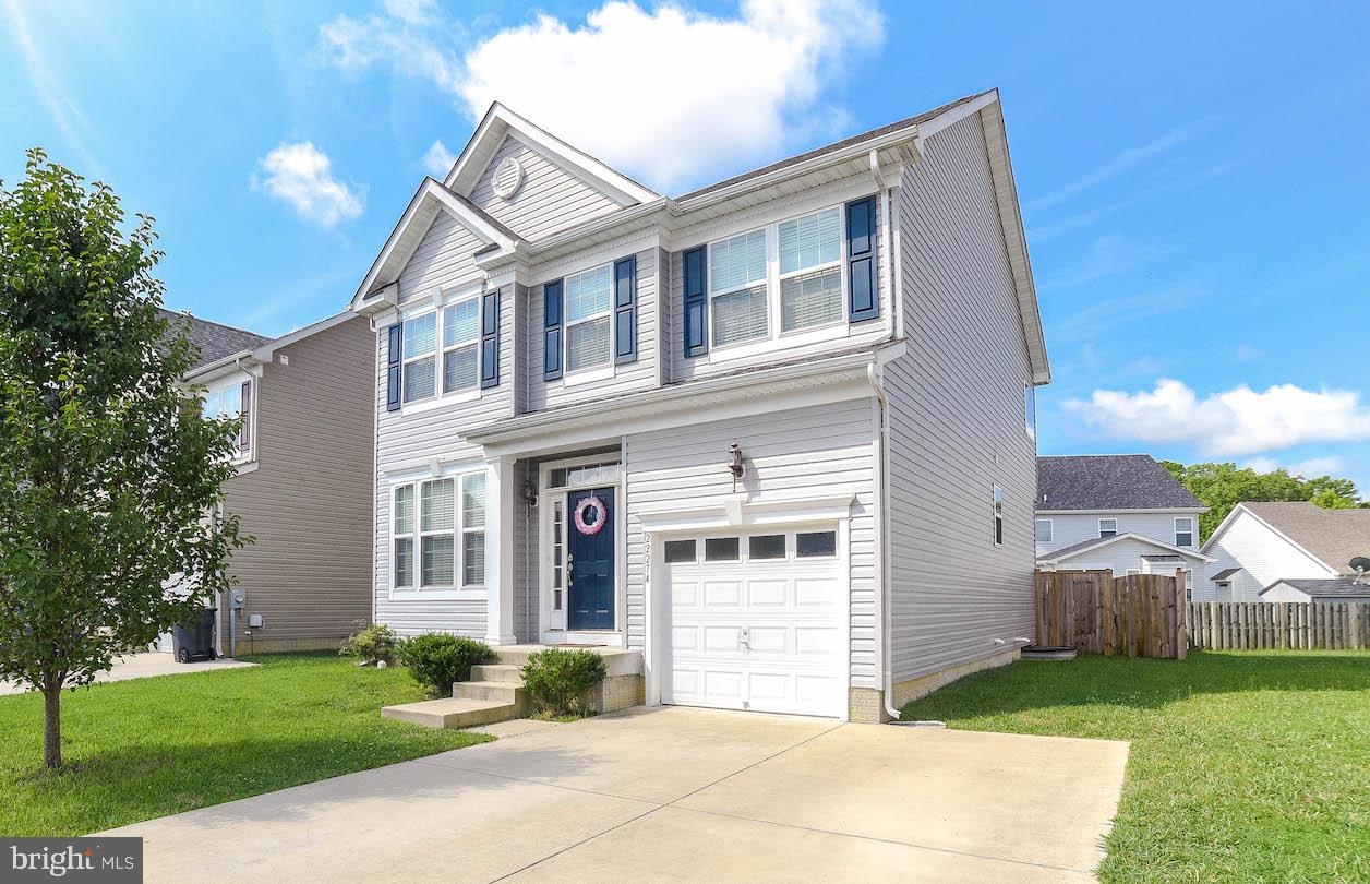One of the most spacious floorplans in this neighborhood awaits you!!  Large main floor boasting bon